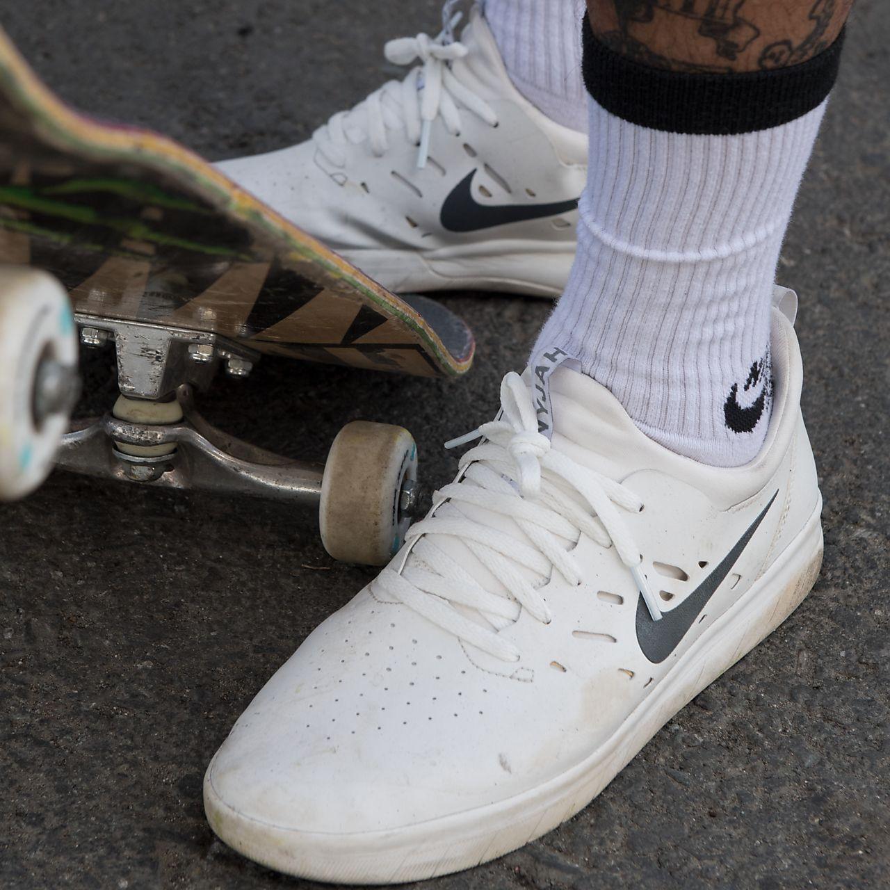 Nike SB Shoe Nyjah Free Jade  Extreme Skates