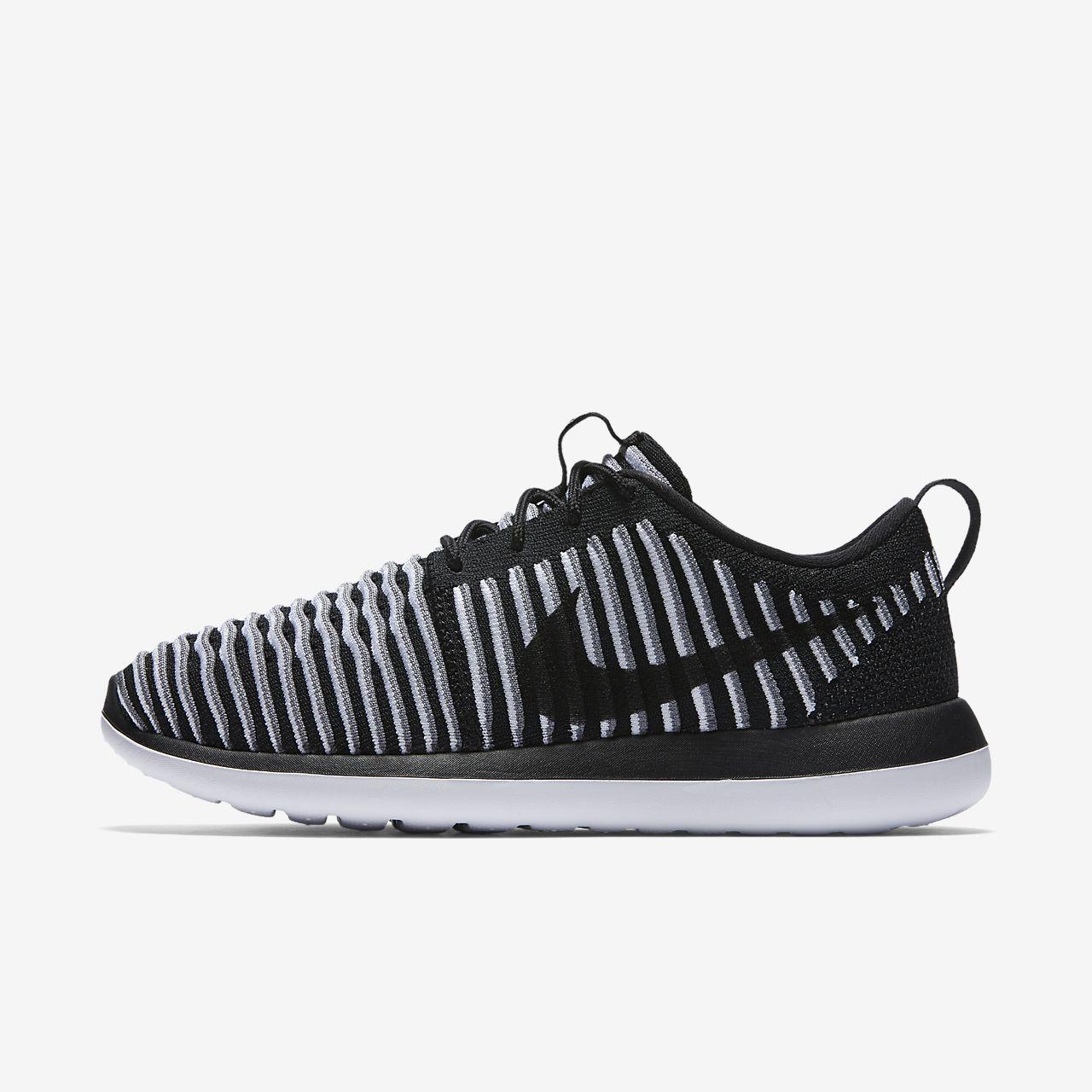 Nike Roshe Two Flyknit Women's Shoe