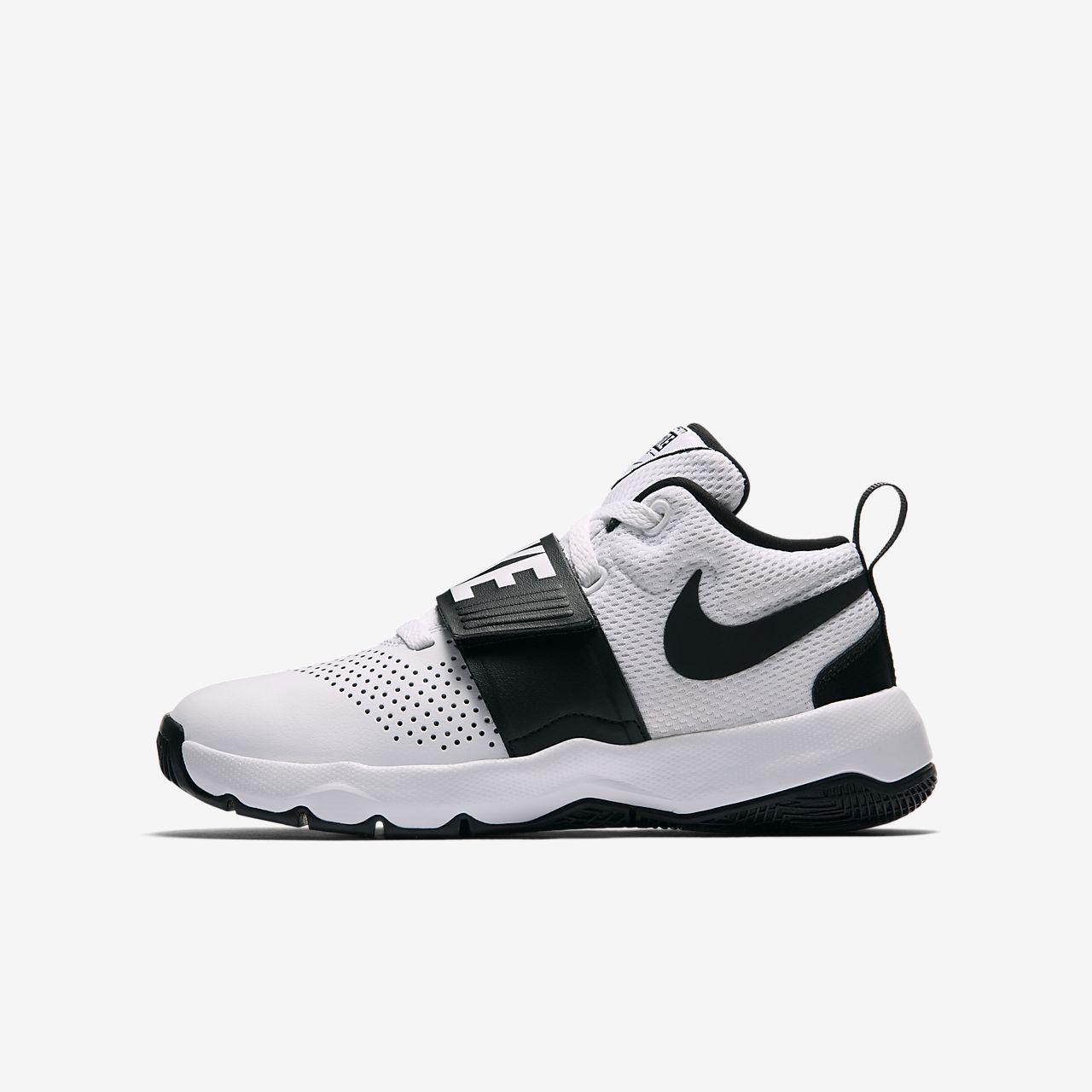 Basketbalová bota Nike Team Hustle D 8 pro větší děti