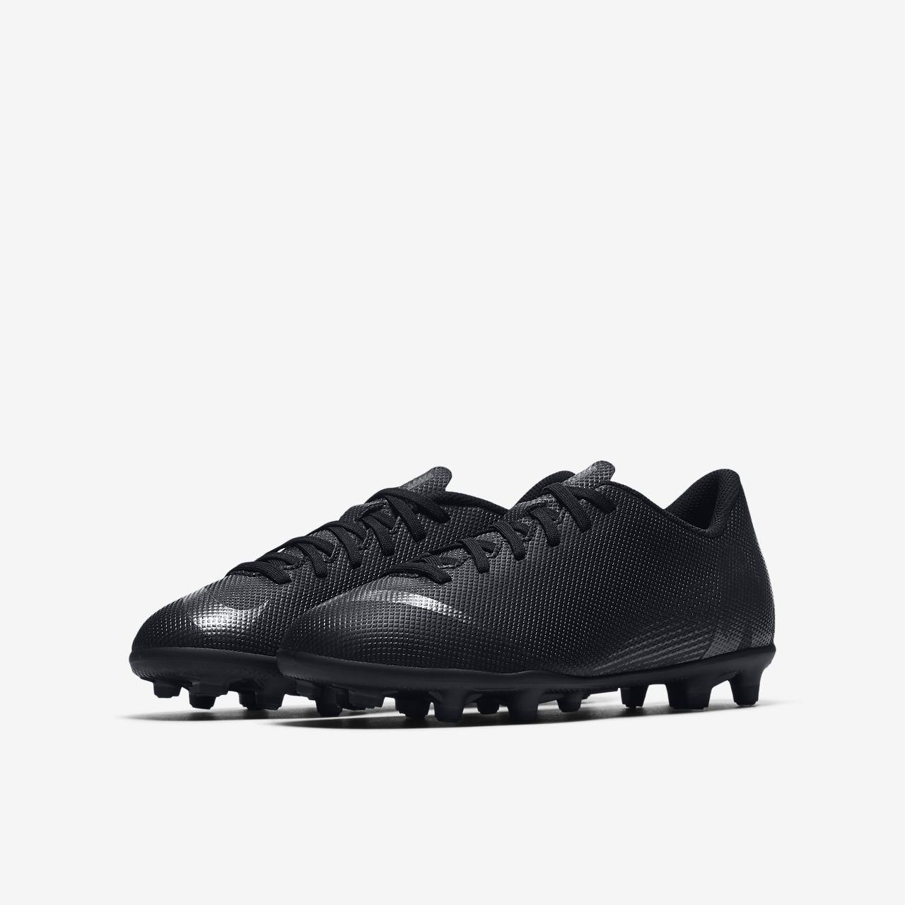 5d38100abcaca ... Nike Jr. Vapor 12 Club MG Botas de fútbol para múltiples superficies -  Niño