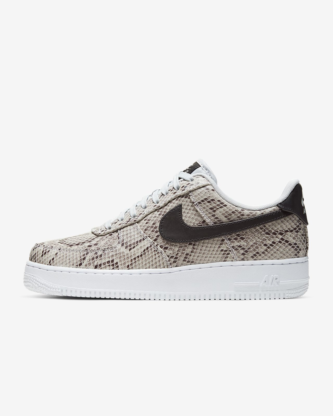 Nike Air Force 1 Premium Men's Shoe. Nike RO