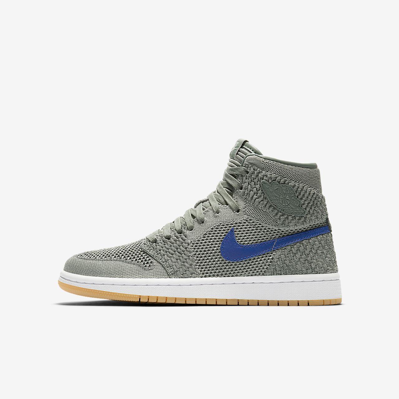 4f26b77b9c1 Bota Air Jordan 1 Retro High Flyknit pro větší děti. Nike.com CZ