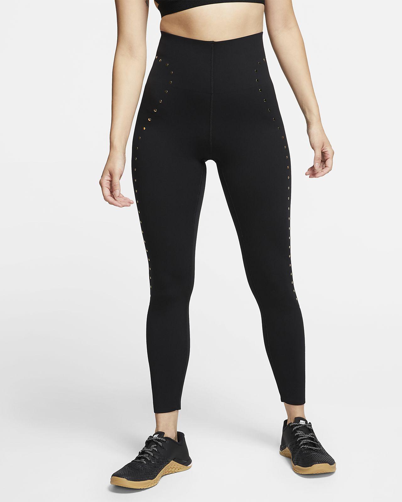 finest selection competitive price pretty cheap Nike 7/8-Trainings-Tights mit Nieten für Damen