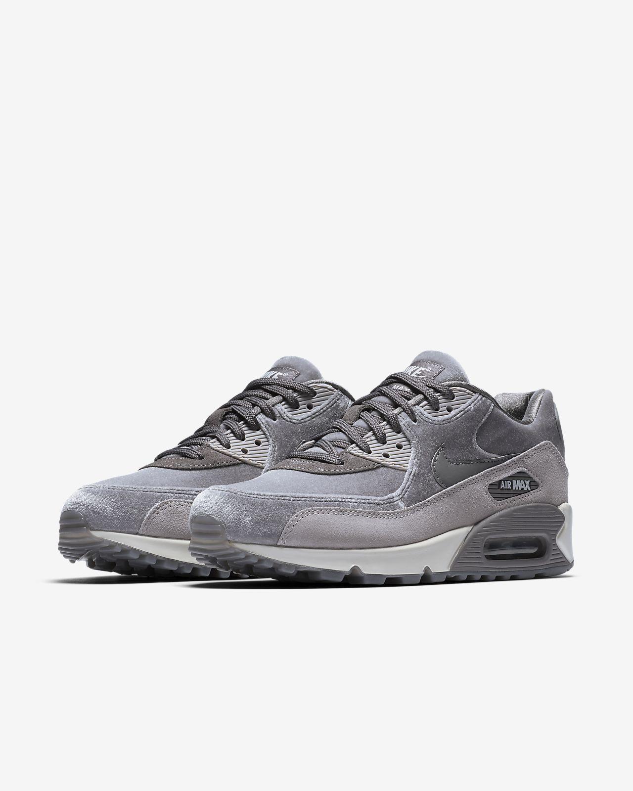 c37a96e7d5 air max 90 london feminino Nike ...