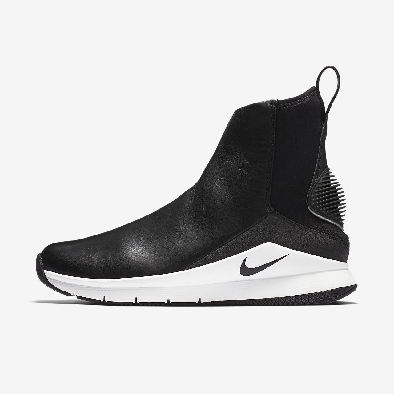 Nike Boots Although you may know Nike mainly for its athletic sneakers and apparel, Nike boots have become favorite cold-weather shoes, and for good reason. Nike pairs its popular form with function to create boots that are ideal for harsh weather conditions while still looking fashionable.