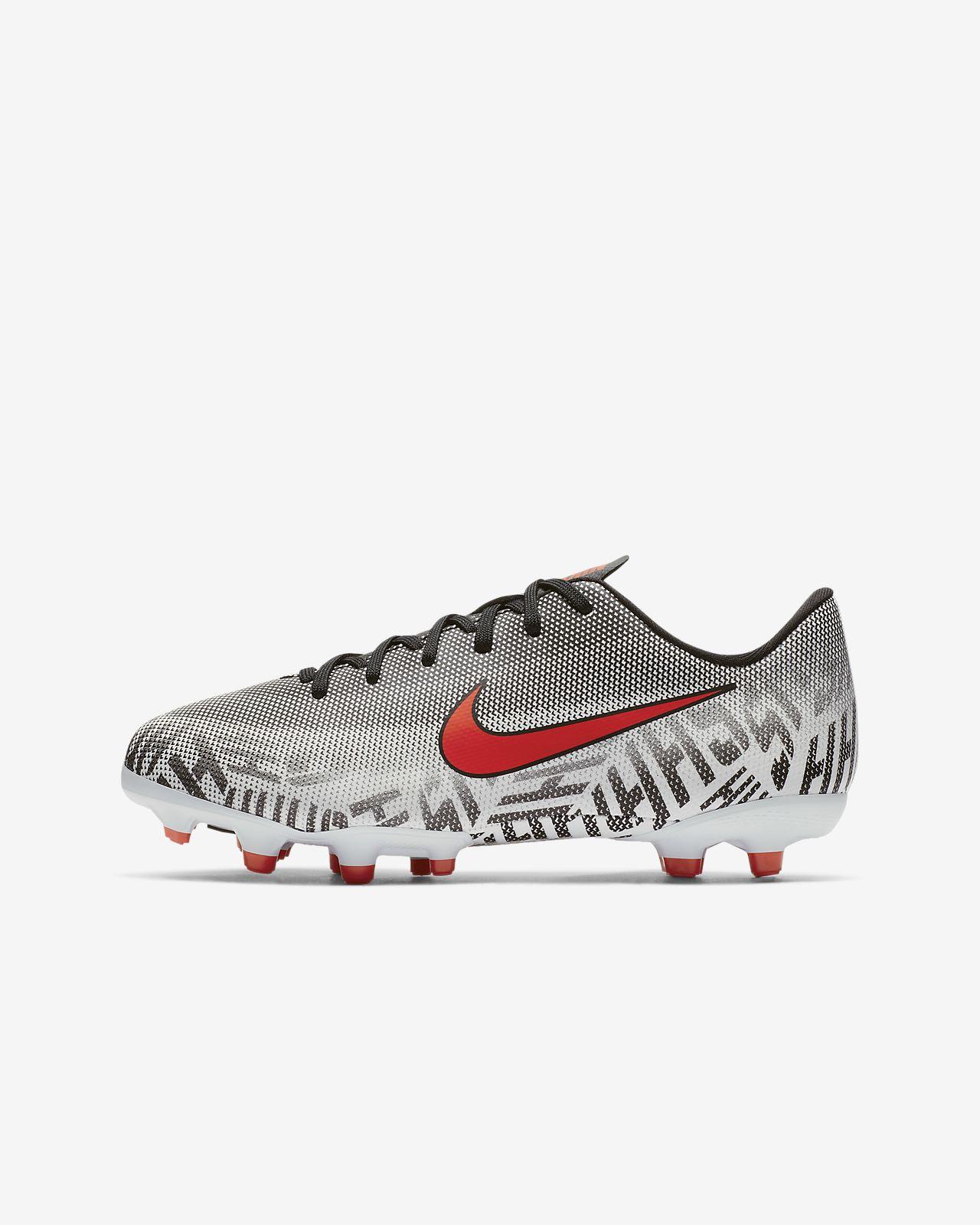 7114b17fbcb ... Chuteiras de futebol multiterreno Nike Jr. Mercurial Vapor XII Academy Neymar  Jr para criança