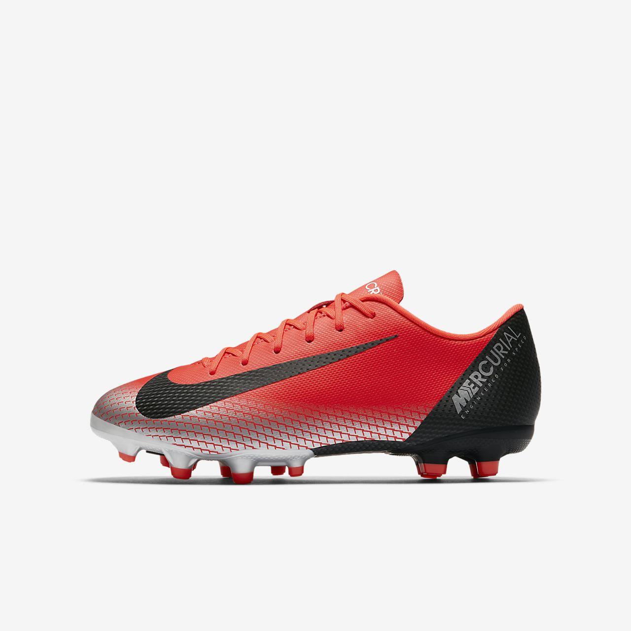 ... Calzado de fútbol para múltiples superficies para niños talla  pequeña grande Nike Jr. Mercurial 8b58d41e2ada7