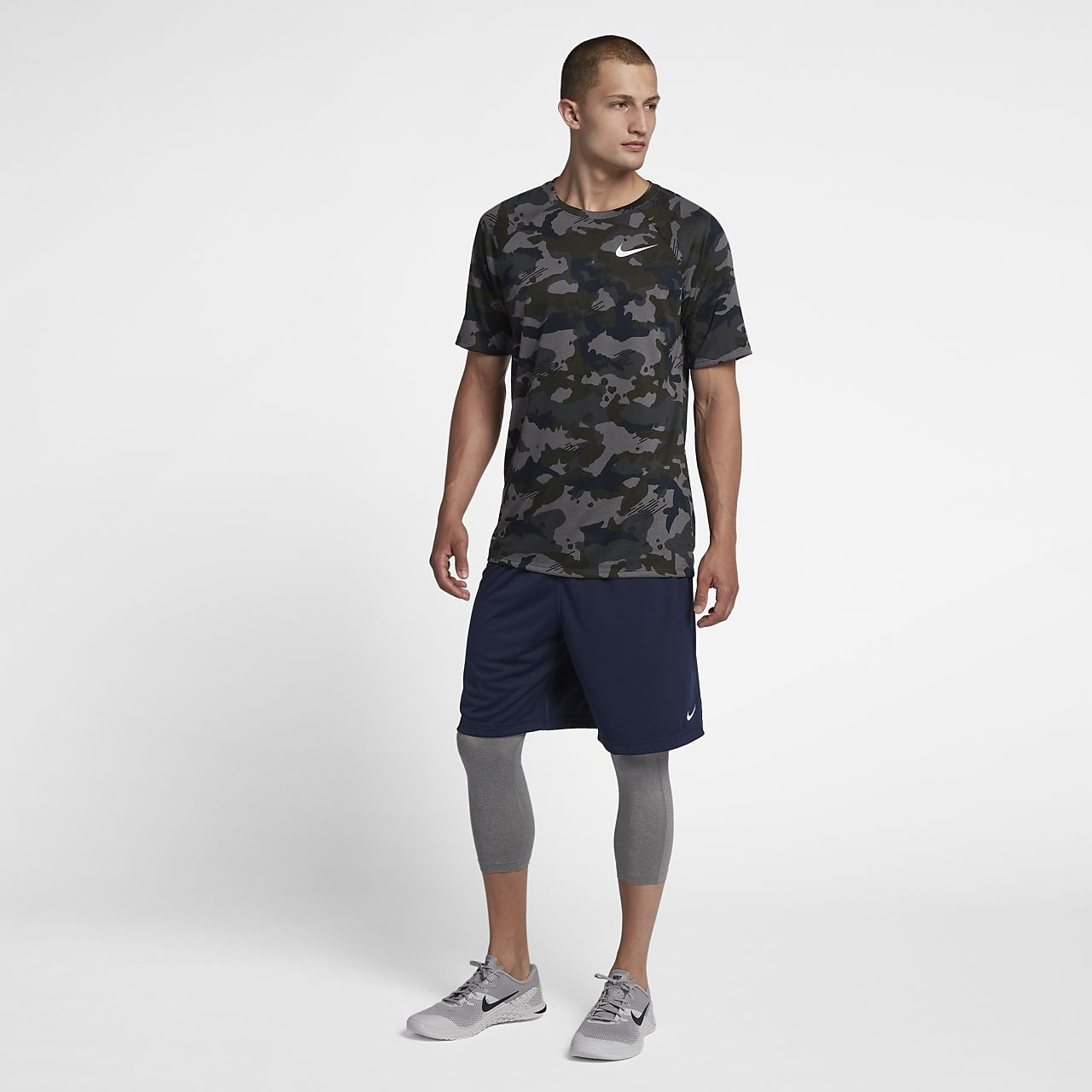 a3b56efbd Nike Dri-FIT Men's Training T-Shirt. Nike.com LU