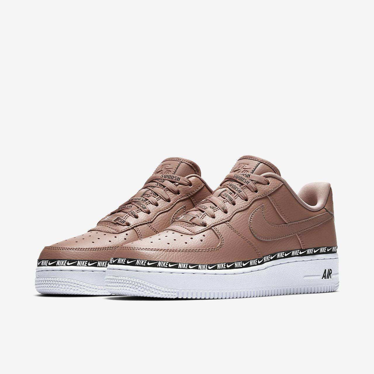 a4478b96d36 Nike Air Force 1  07 SE Premium Women s Shoe. Nike.com SG