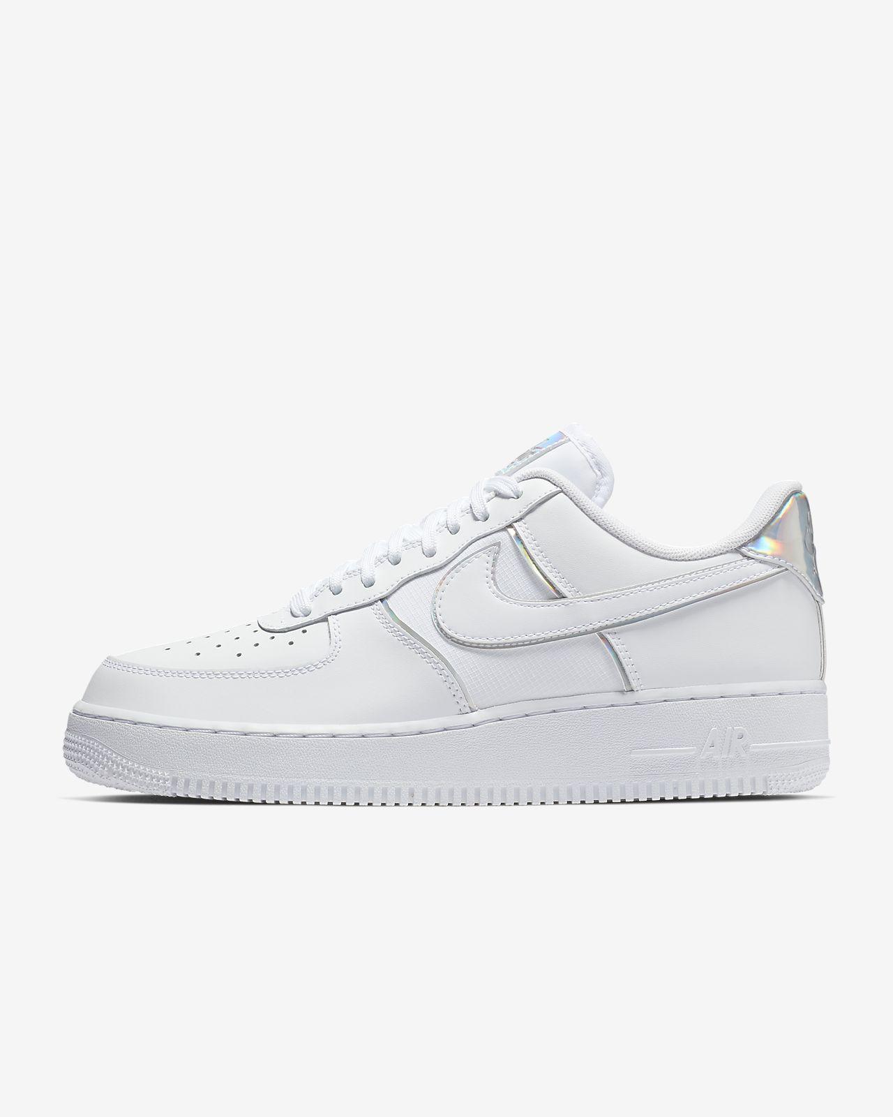 รองเท้าผู้ชาย Nike Air Force 1 '07 LV8 4