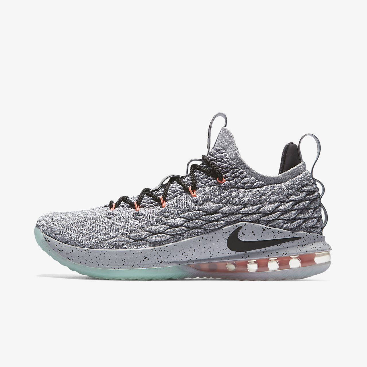 791c6455df532e LeBron 15 Low Basketball Shoe. Nike.com