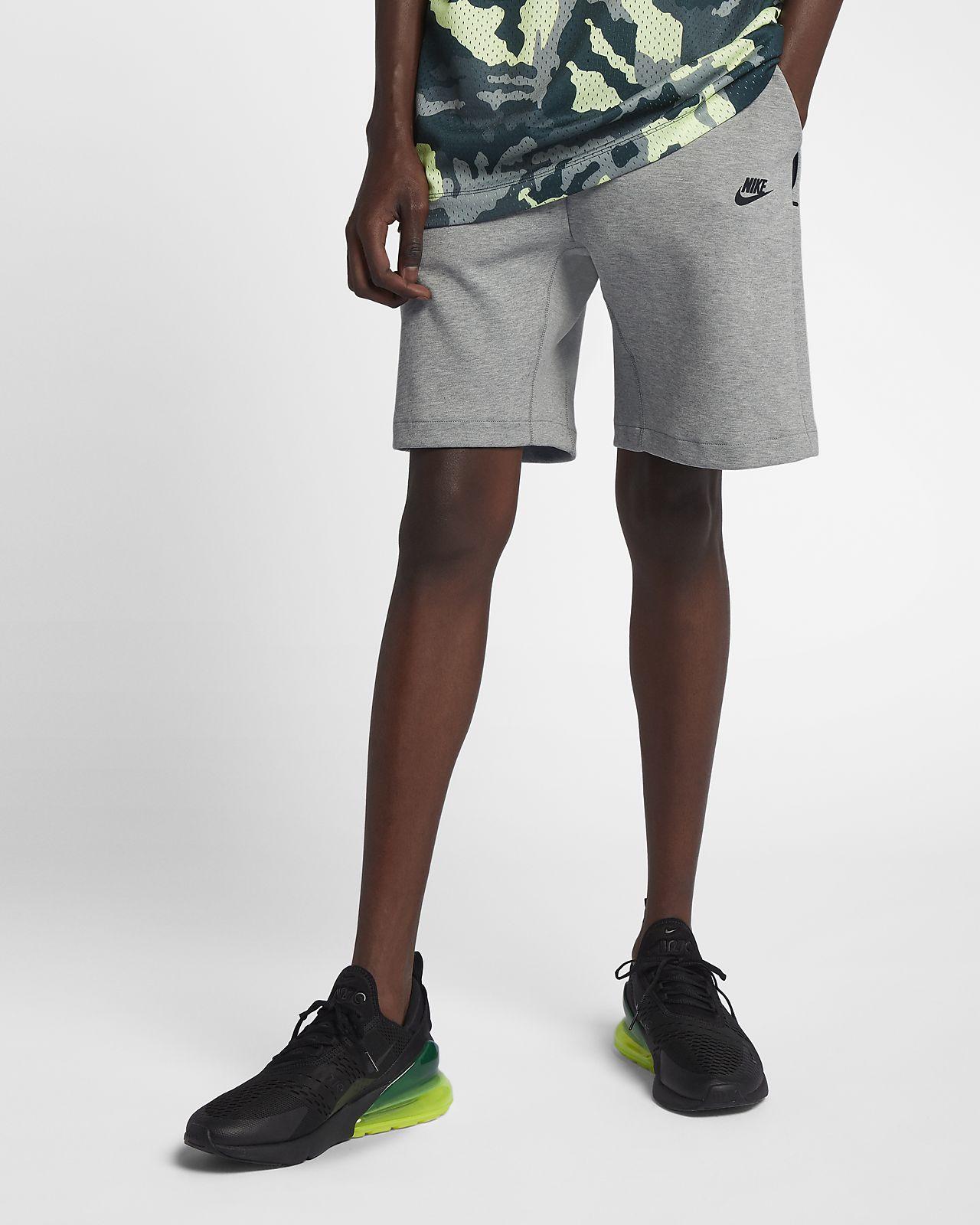 กางเกงขาสั้นผ้าฟลีซผู้ชาย Nike Sportswear Tech Fleece