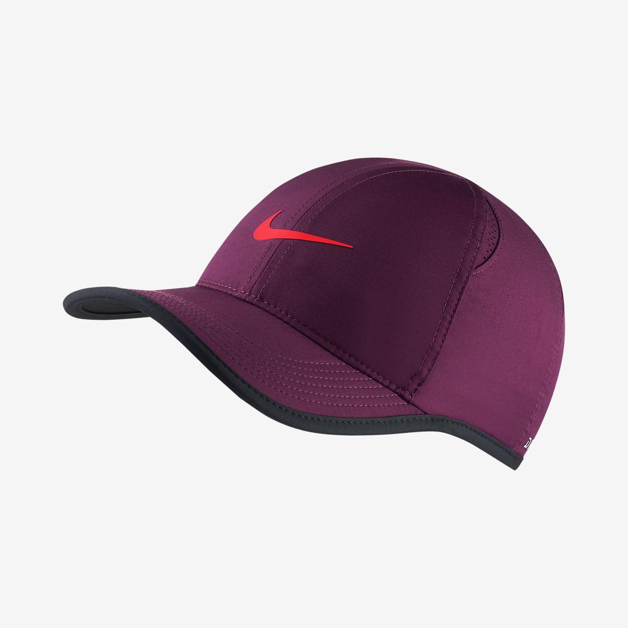 NikeCourt Featherlight  Adjustable Tennis Hat