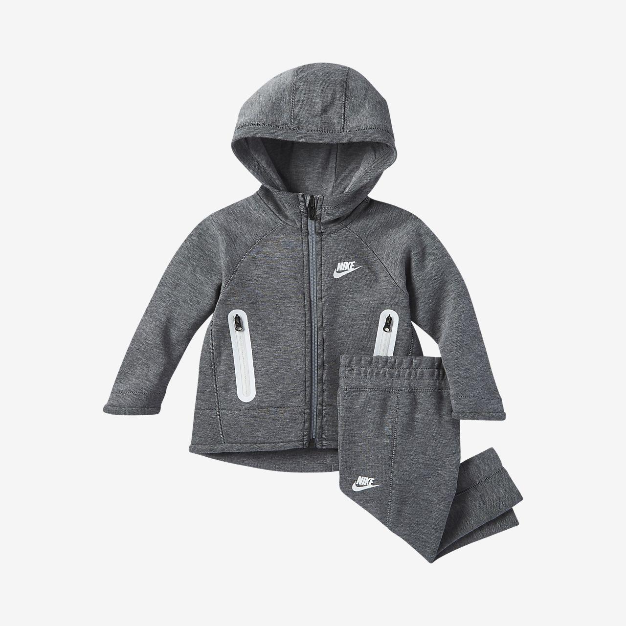Nike Sportswear Tech Fleece Baby (12–24M) 2-Piece Set