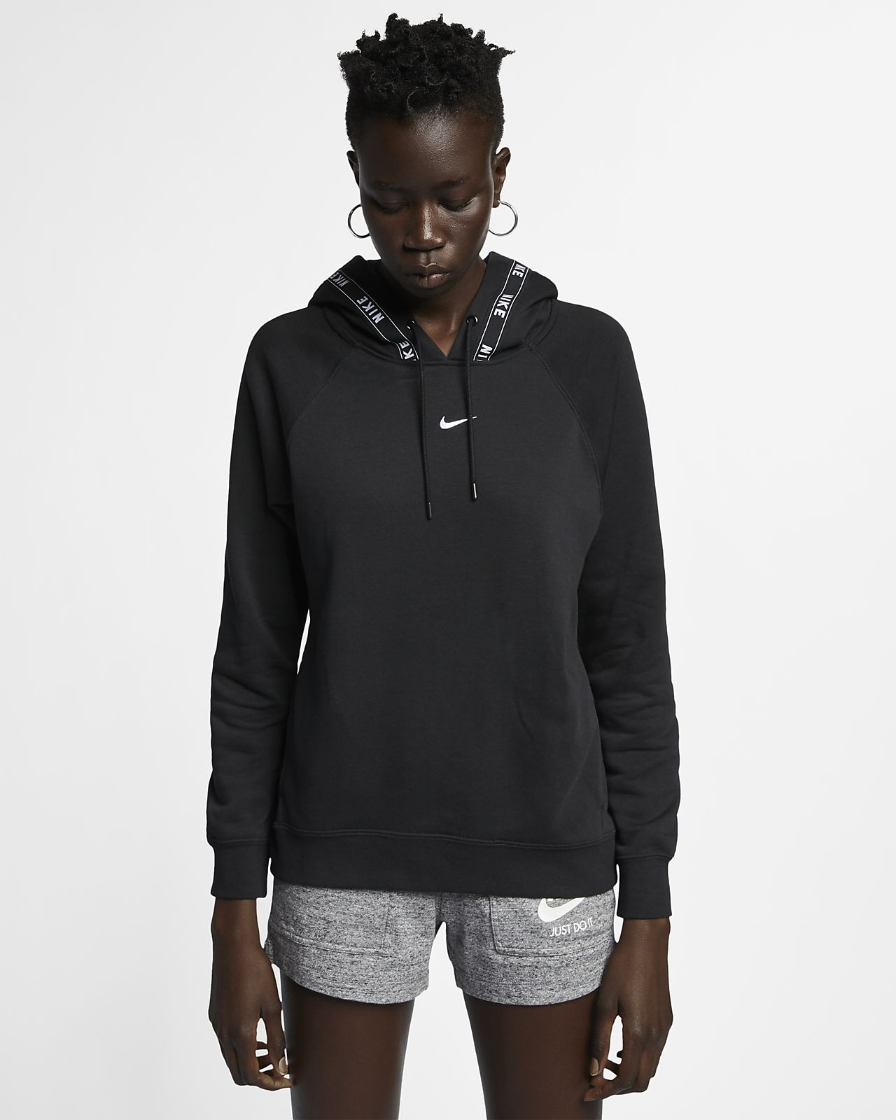 53b4b23481 Nike Sportswear emblémás, kapucnis női pulóver. Nike.com HU