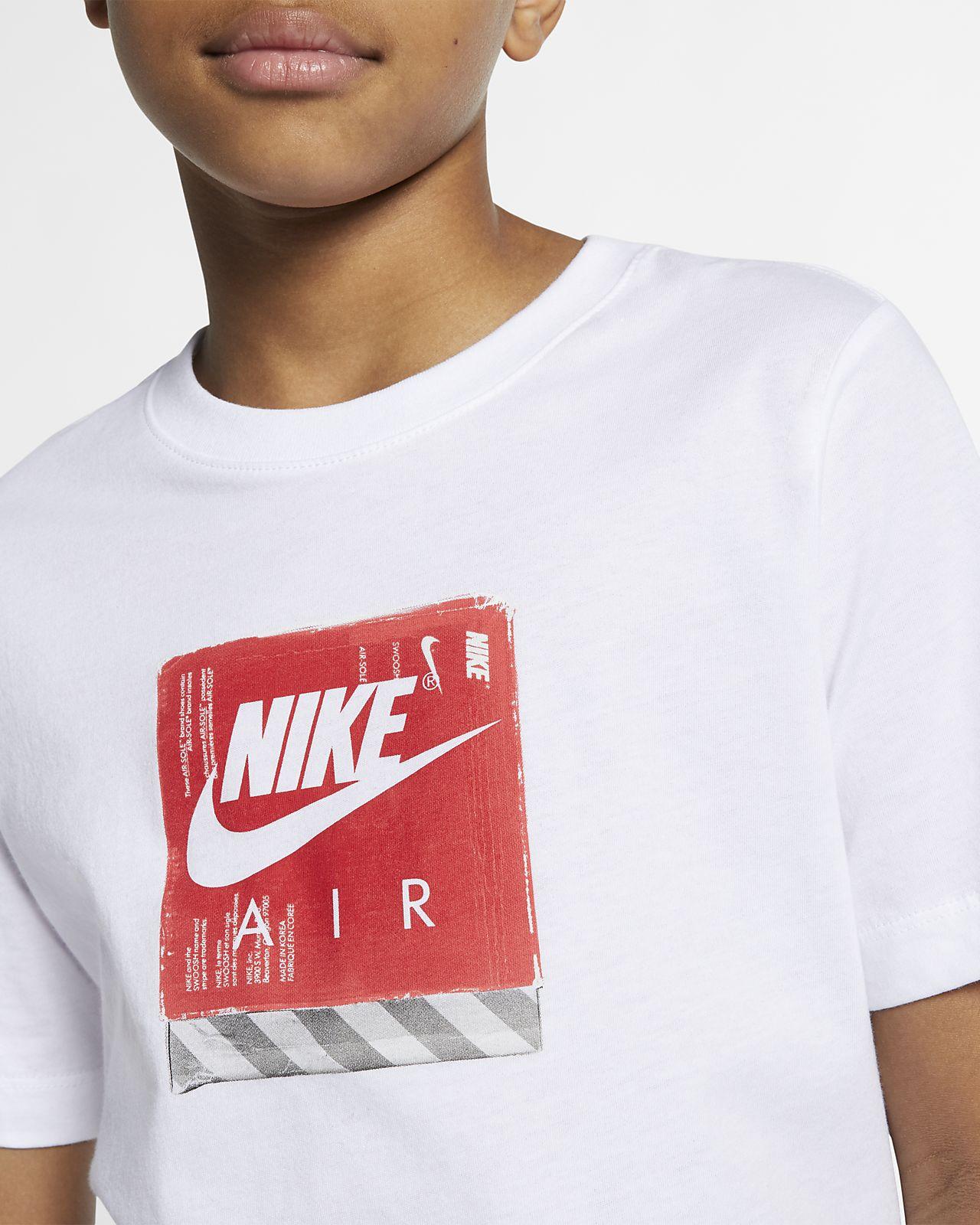 93ae205eb3 Low Resolution Nike Sportswear póló nagyobb gyerekeknek Nike Sportswear póló  nagyobb gyerekeknek