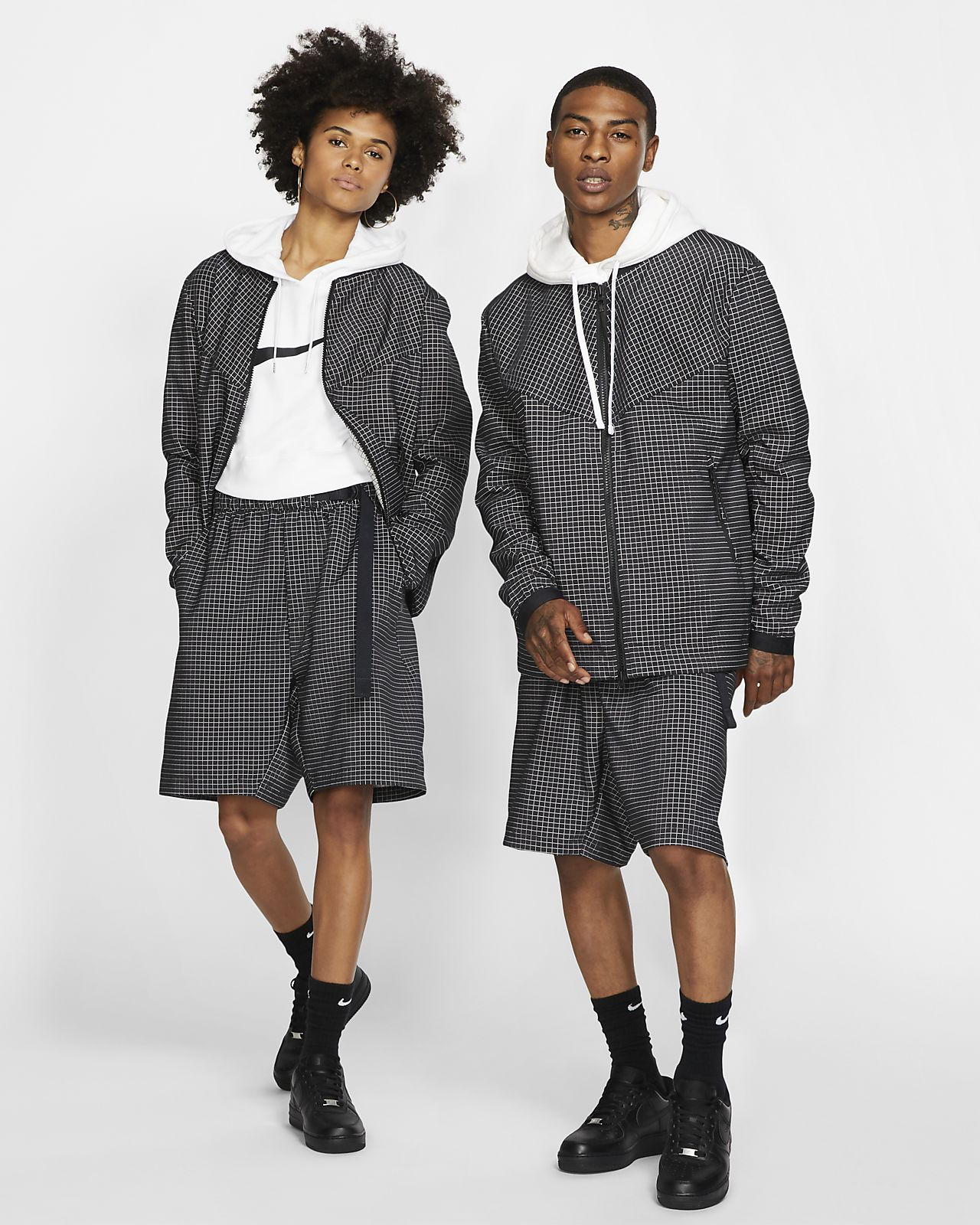 Spodenki z tkaniny Nike Sportswear Tech Pack