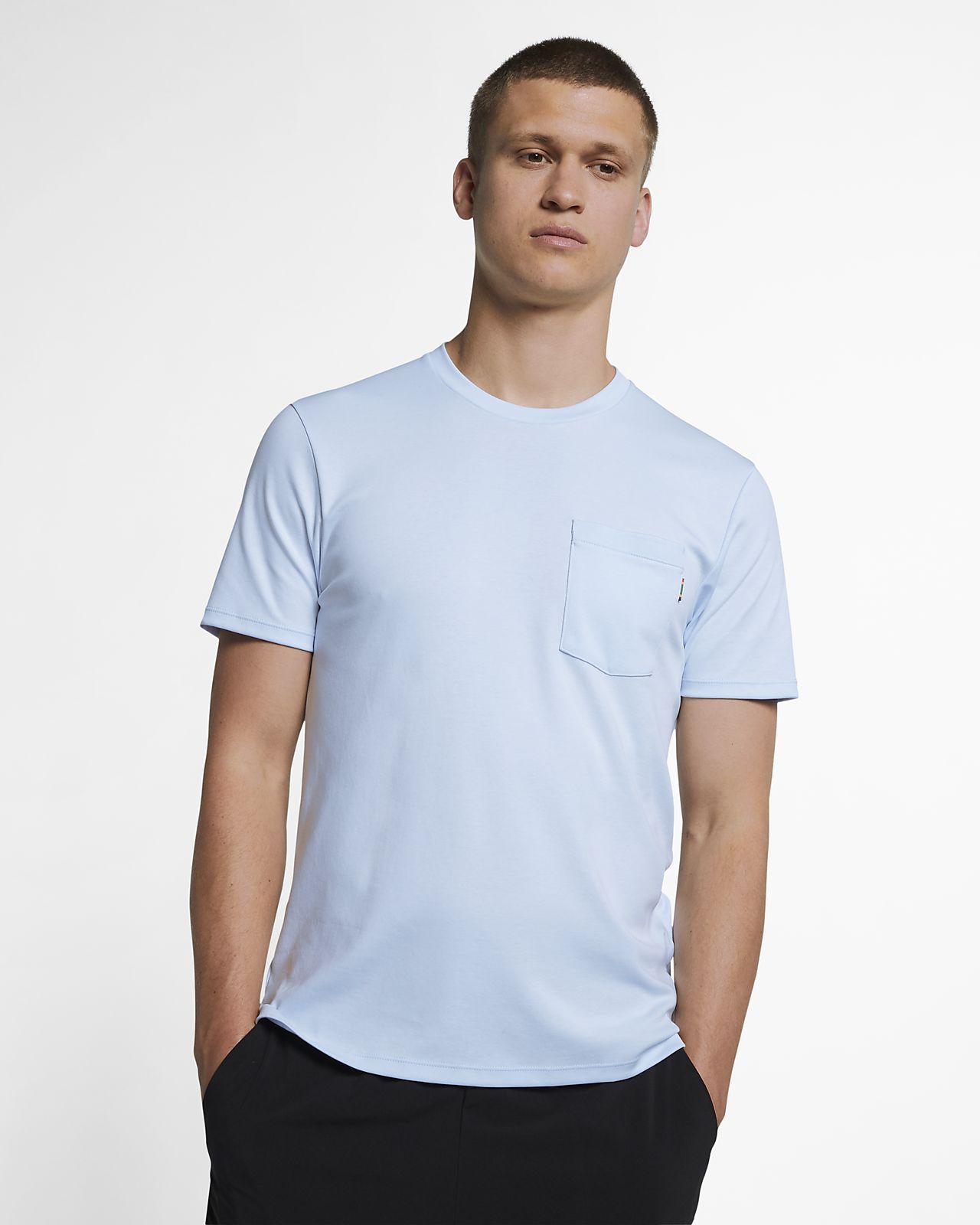 65a827b0a76e Haut de tennis à manches courtes NikeCourt pour Homme. Nike.com BE