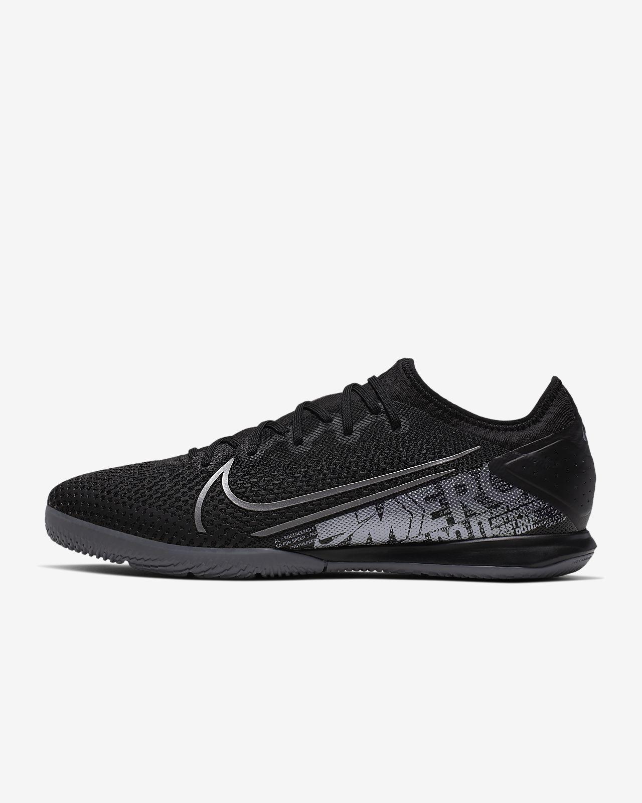 Ποδοσφαιρικό παπούτσι για κλειστά γήπεδα Nike Mercurial Vapor 13 Pro IC