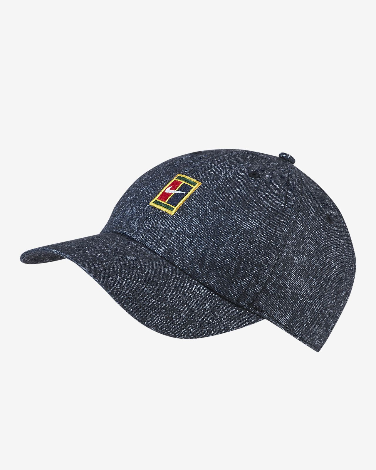 NikeCourt AeroBill Heritage86 Tennis Hat. Nike.com 80c123ab701