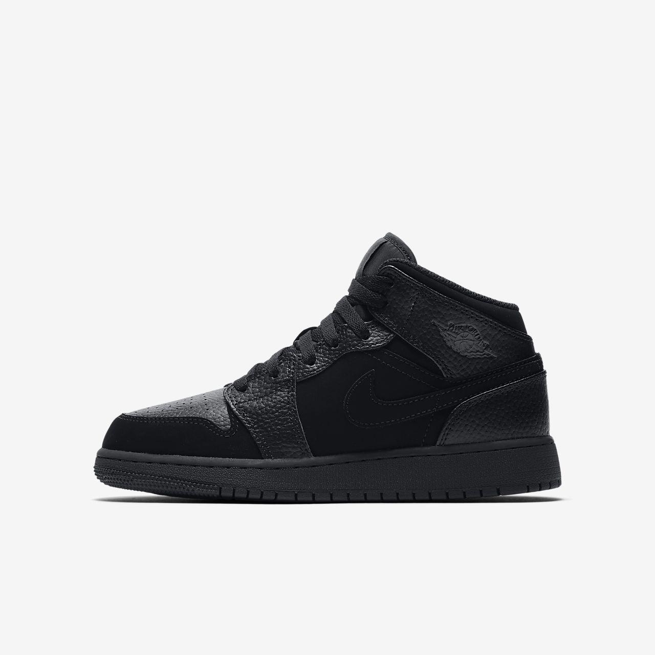 8710ada49d0c8 Scarpa Air Jordan 1 Mid - Ragazzi. Nike.com IT