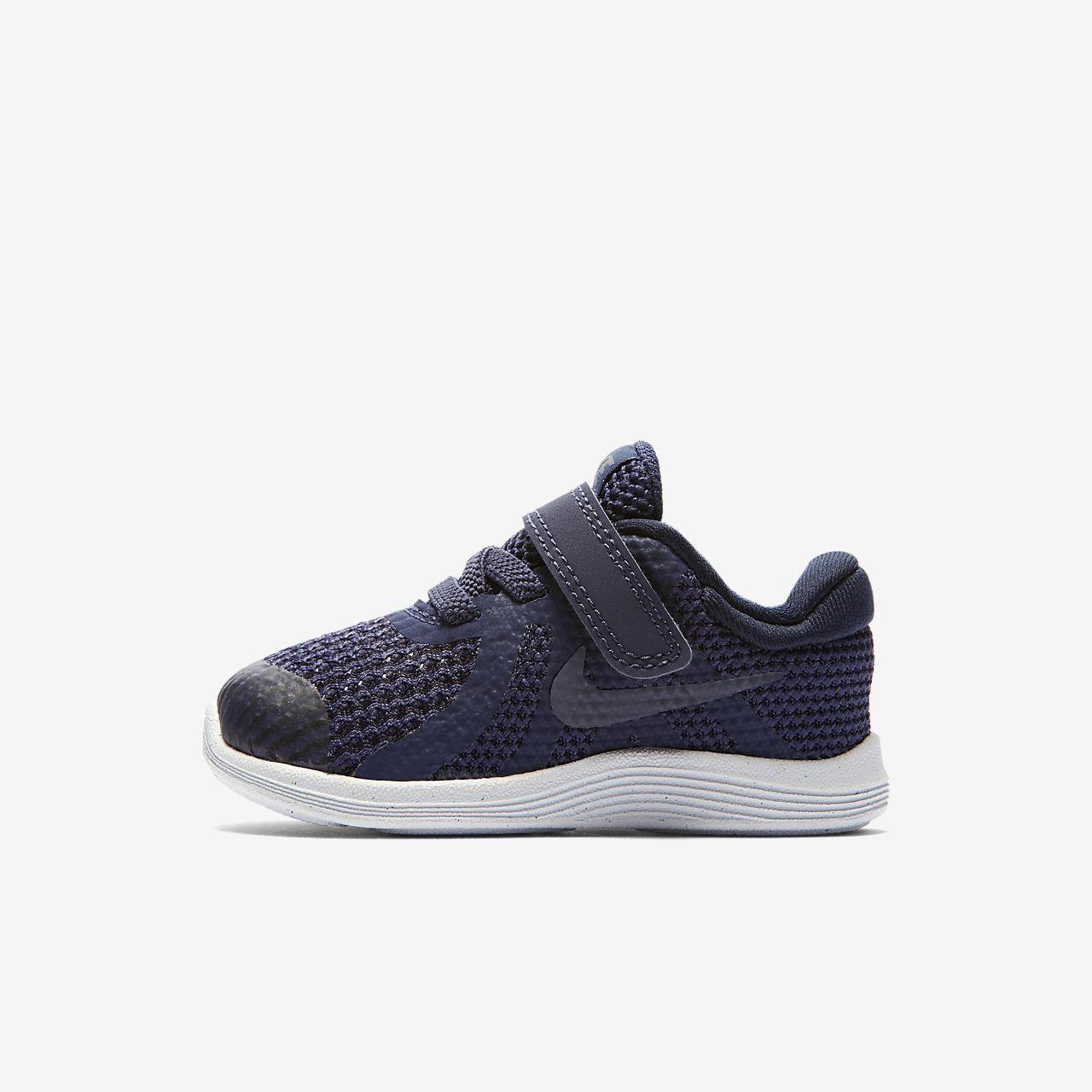 Sapatilhas Nike Revolution 4 para bebé