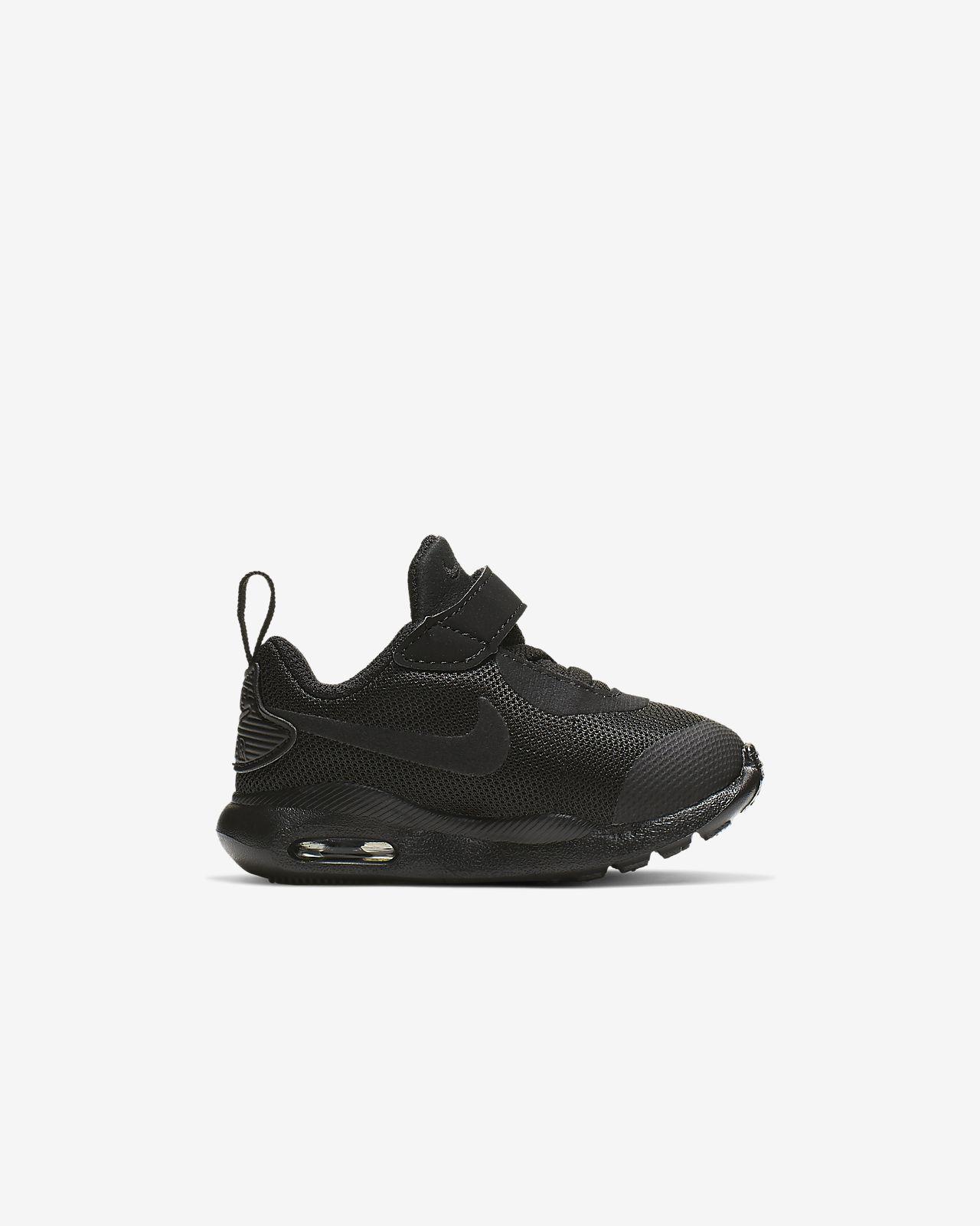reputable site db68c 2a69b Nike Air Max Oketo