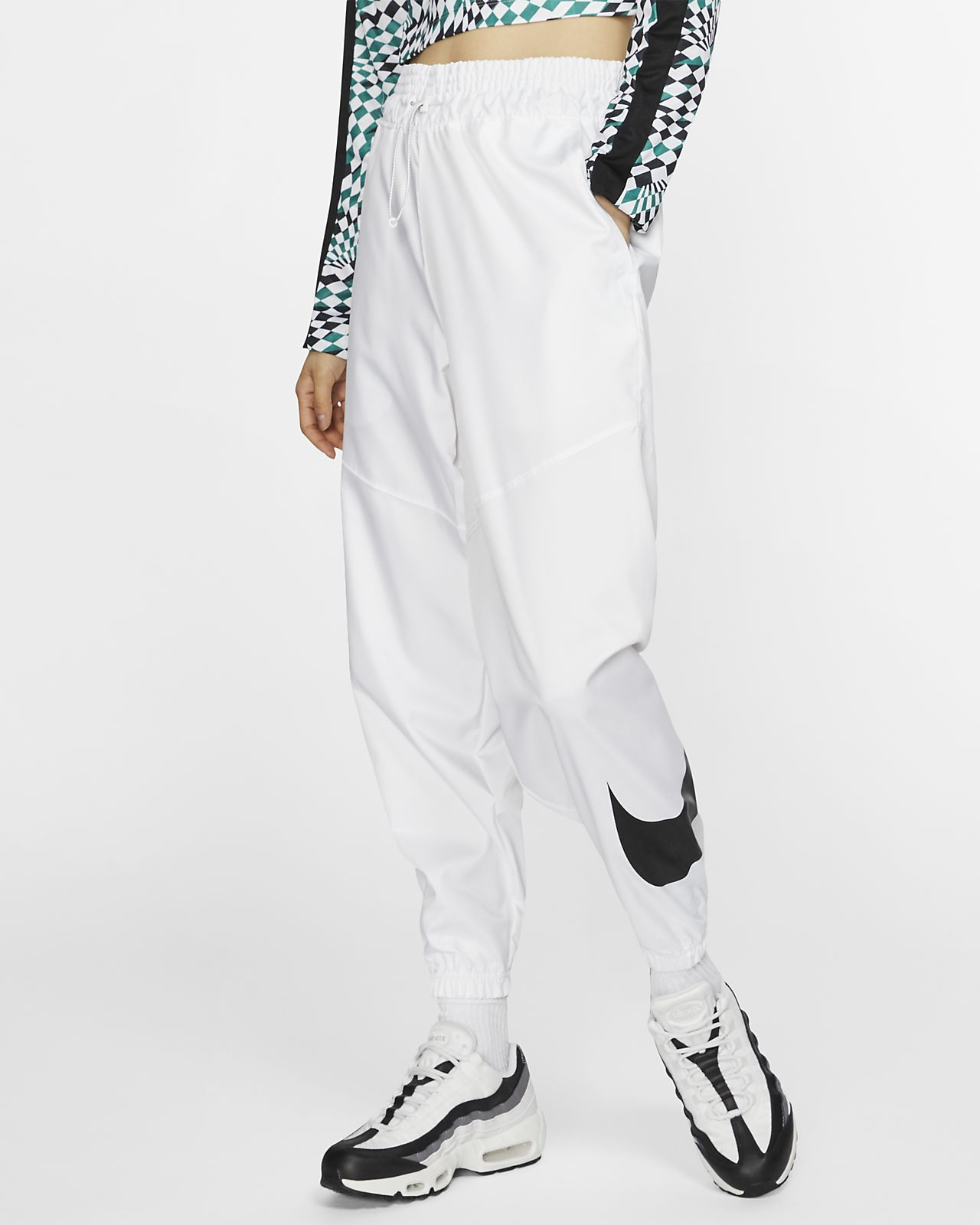 3f1ef9c91 Nike Sportswear Swoosh Woven Trousers. Nike.com GB