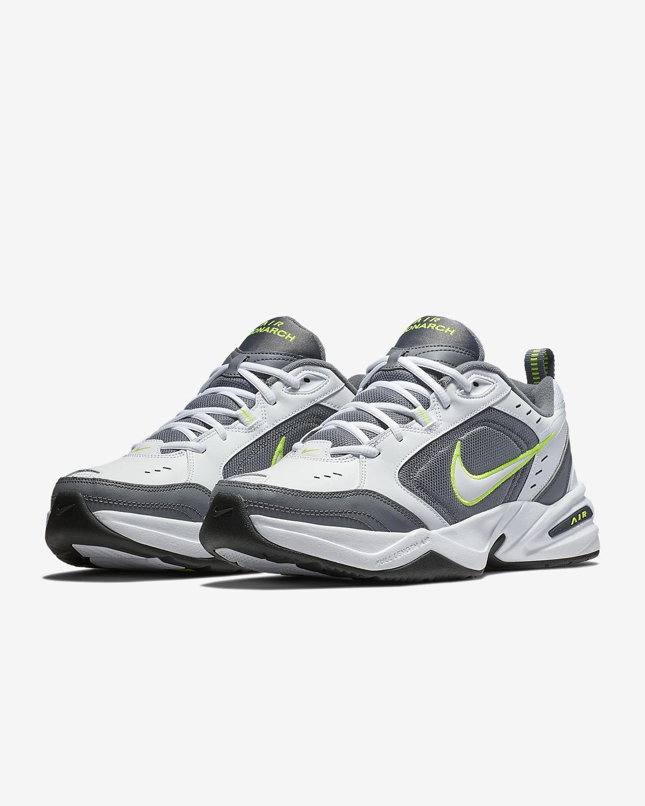 Nike Air Monarch IV Lifestyle en sportschoen