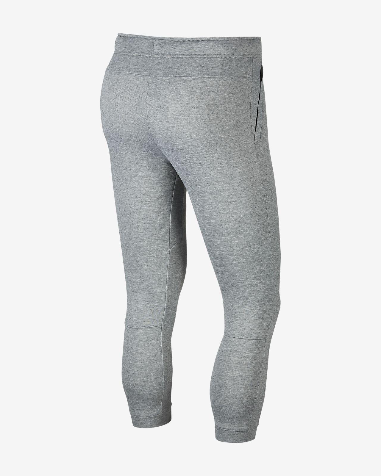 Nike Dri FIT schmal zulaufende Fleece Trainingshose für Herren