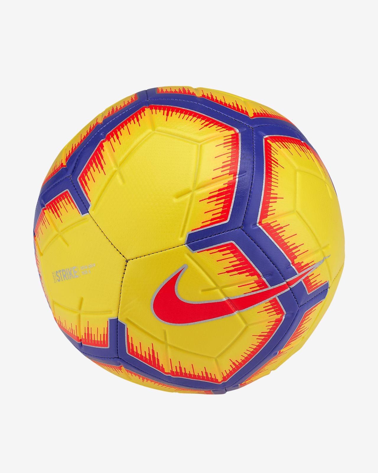 Ballon de football Nike Strike