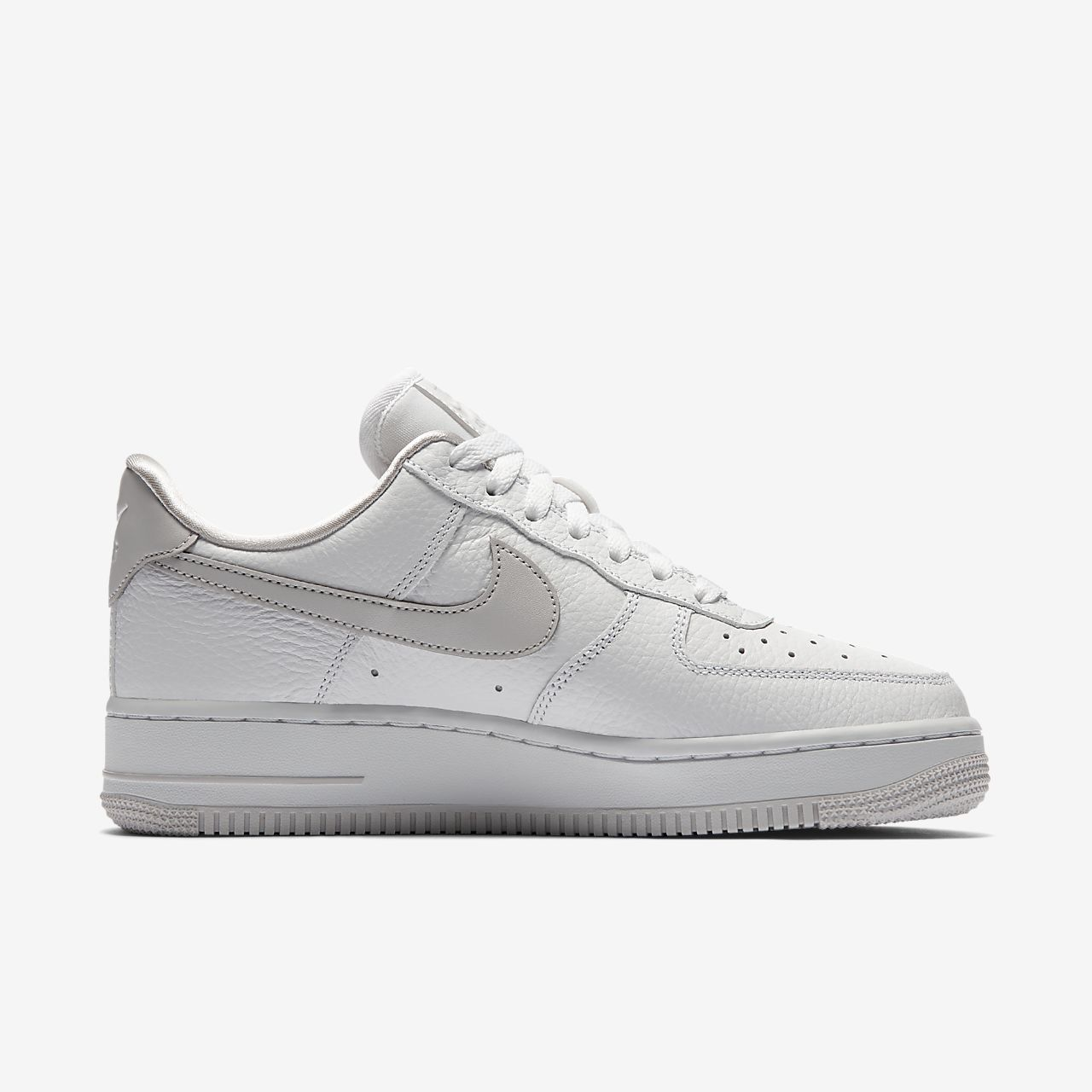 promo code 67326 8f9f4 ... greece nike sportswear nike air force 107 ess zapatillas black white  04dcd 6b7a9