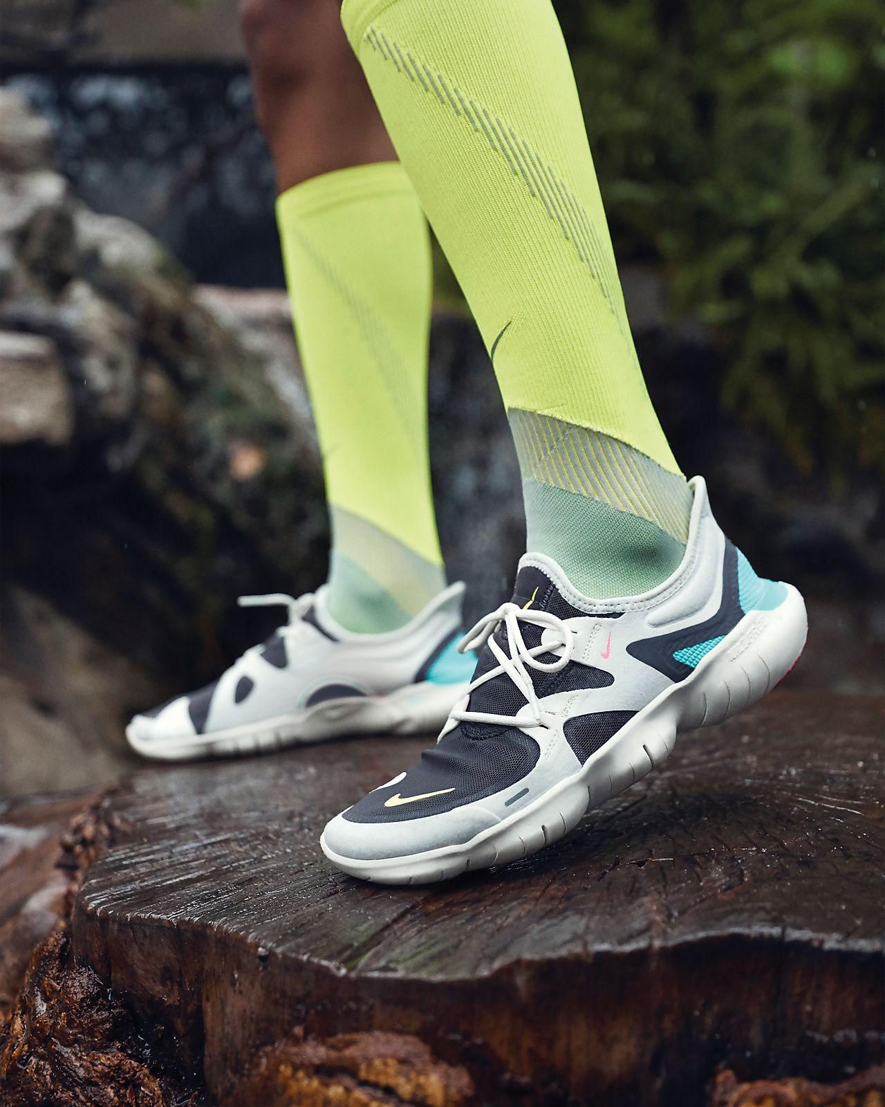 Review Nike Free Run 5.0 Running Shoes Womens SailVolt