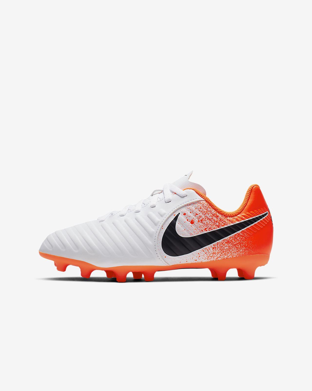 huge discount a4e70 a110e รองเท้าสตั๊ดฟุตบอลเด็กวัยหัดเดิน/เด็กเล็กสำหรับพื้นสนามทั่วไป Nike Jr.  Tiempo Legend VII Club