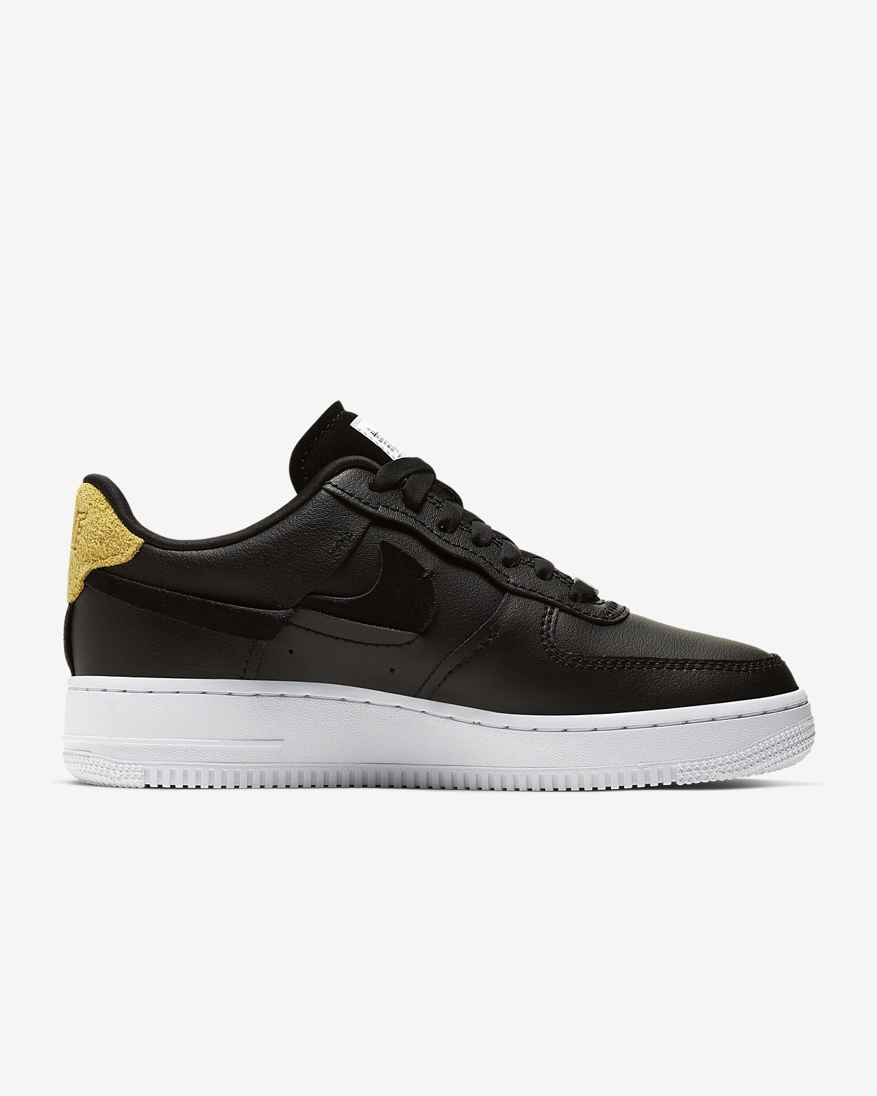 Nike Air Force 1 07 Se Trainers Gris clair Femmes Trainers