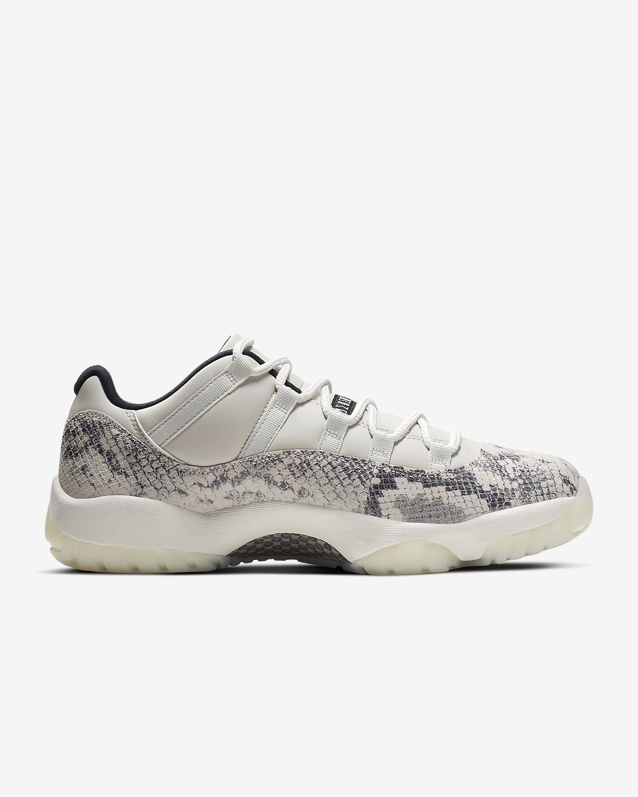 707e3aadaae Air Jordan 11 Retro Low LE Men's Shoe. Nike.com