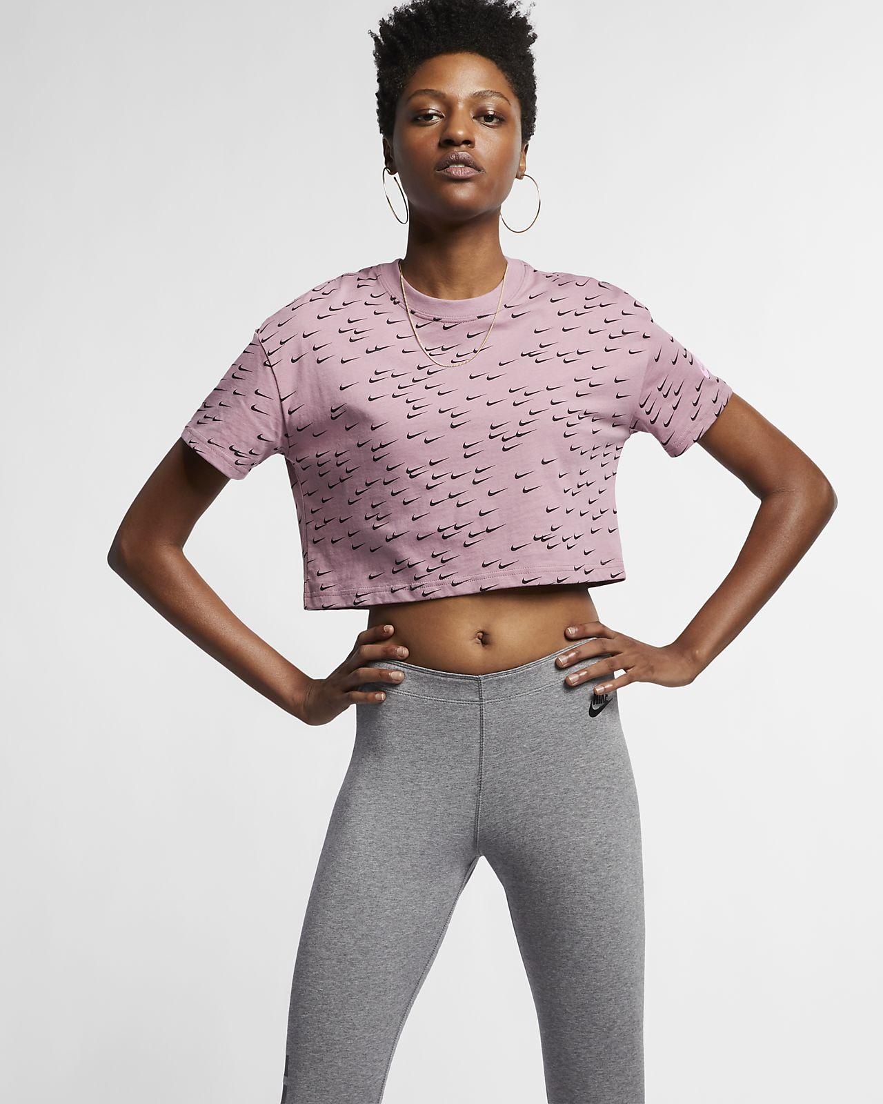 Nike Sportswear Essential Women s Short-Sleeve Crop Top. Nike.com LU 0a92db090