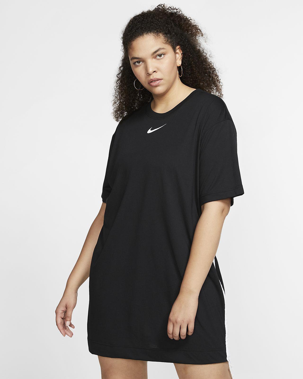 Klänning Nike Sportswear Swoosh för kvinnor (stora storlekar)