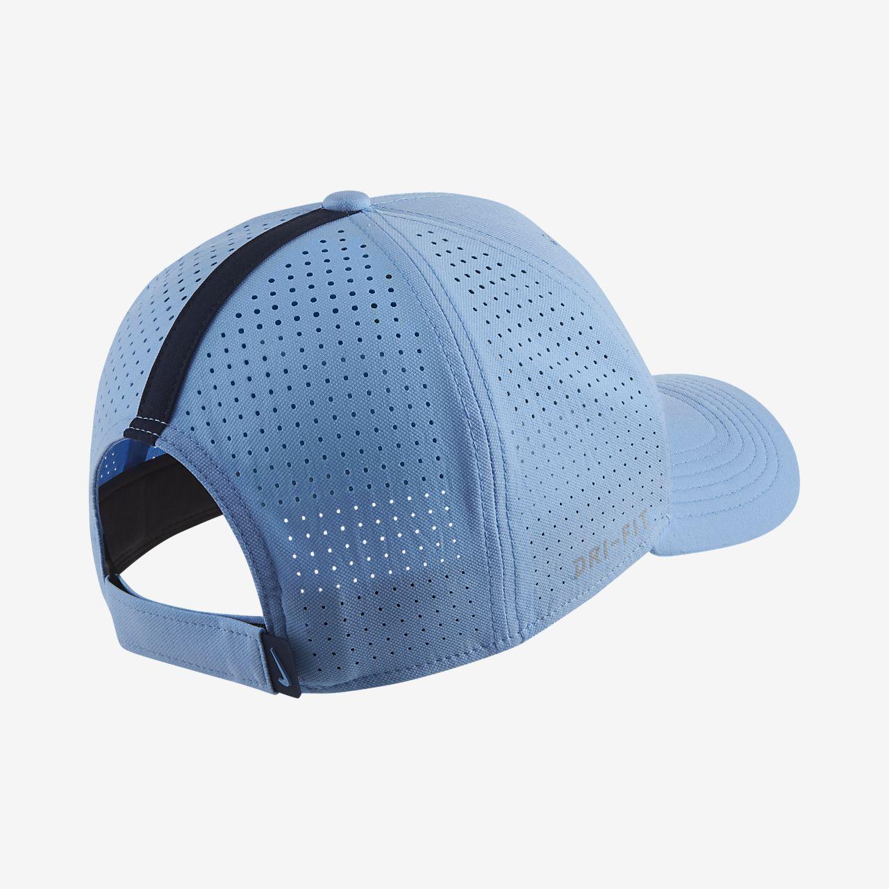 a5618f199 Manchester City FC AeroBill Classic99 Adjustable Hat. Nike.com CH