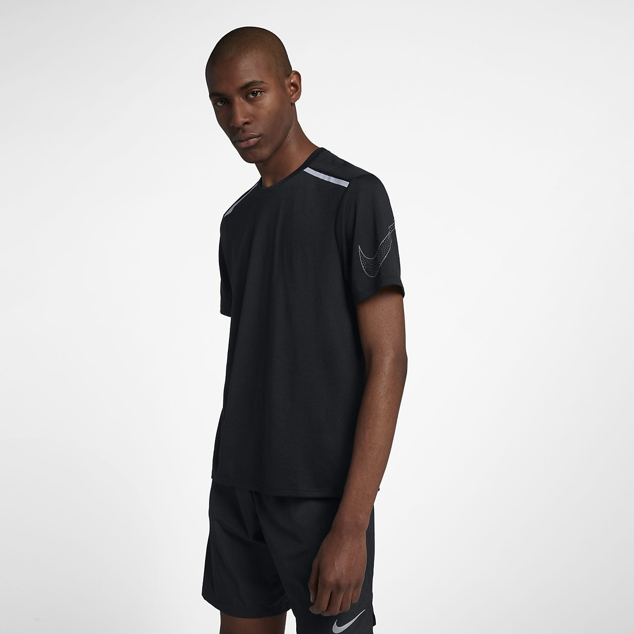04c3c8ce22a6f0 Nike Rise 365 Men s Short-Sleeve Running Top. Nike.com AE