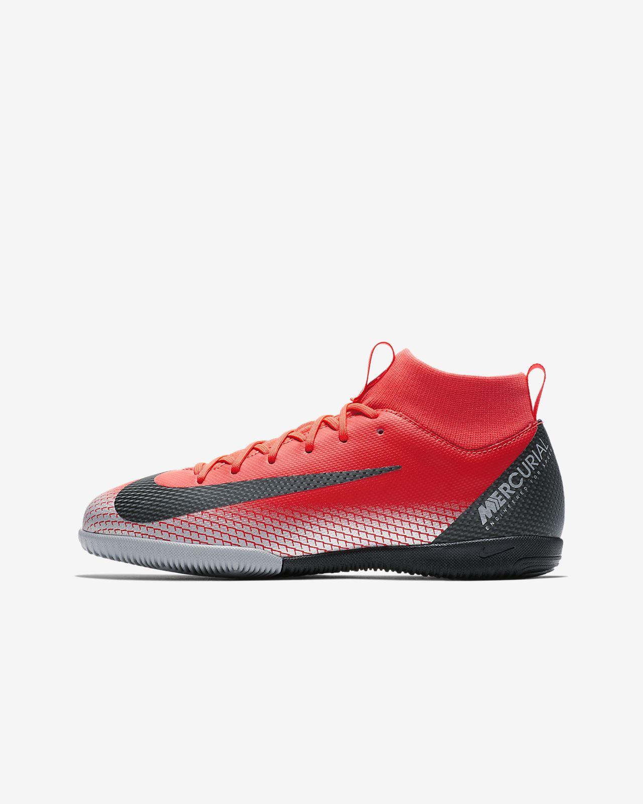 Nike Jr. SuperflyX 6 Academy IC-fodboldsko til små/store børn til indendørs