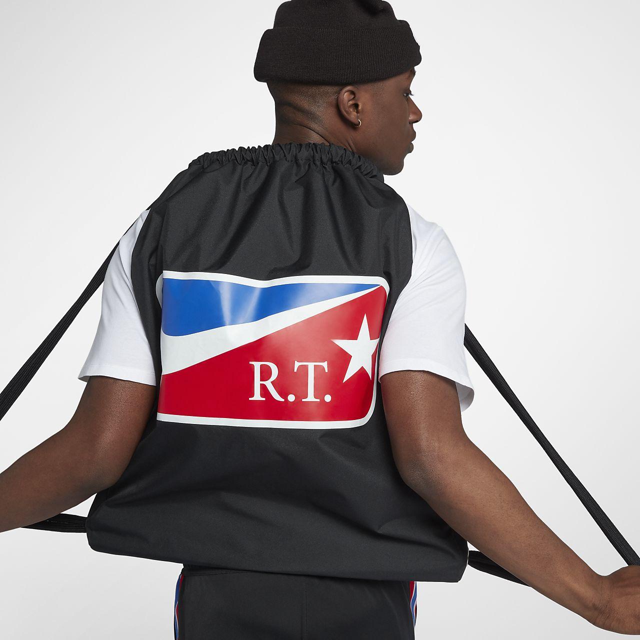 Nike x RT 健身袋