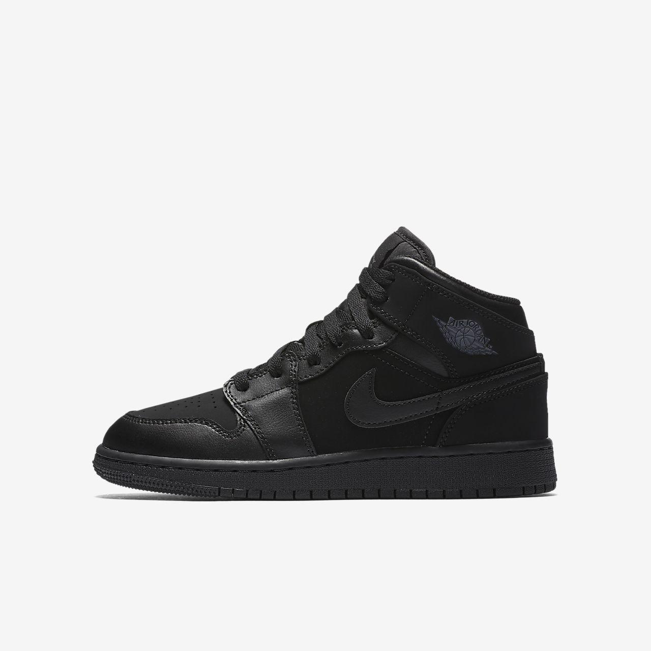 7814ef223 Air Jordan 1 Mid Older Kids  Shoe. Nike.com GB