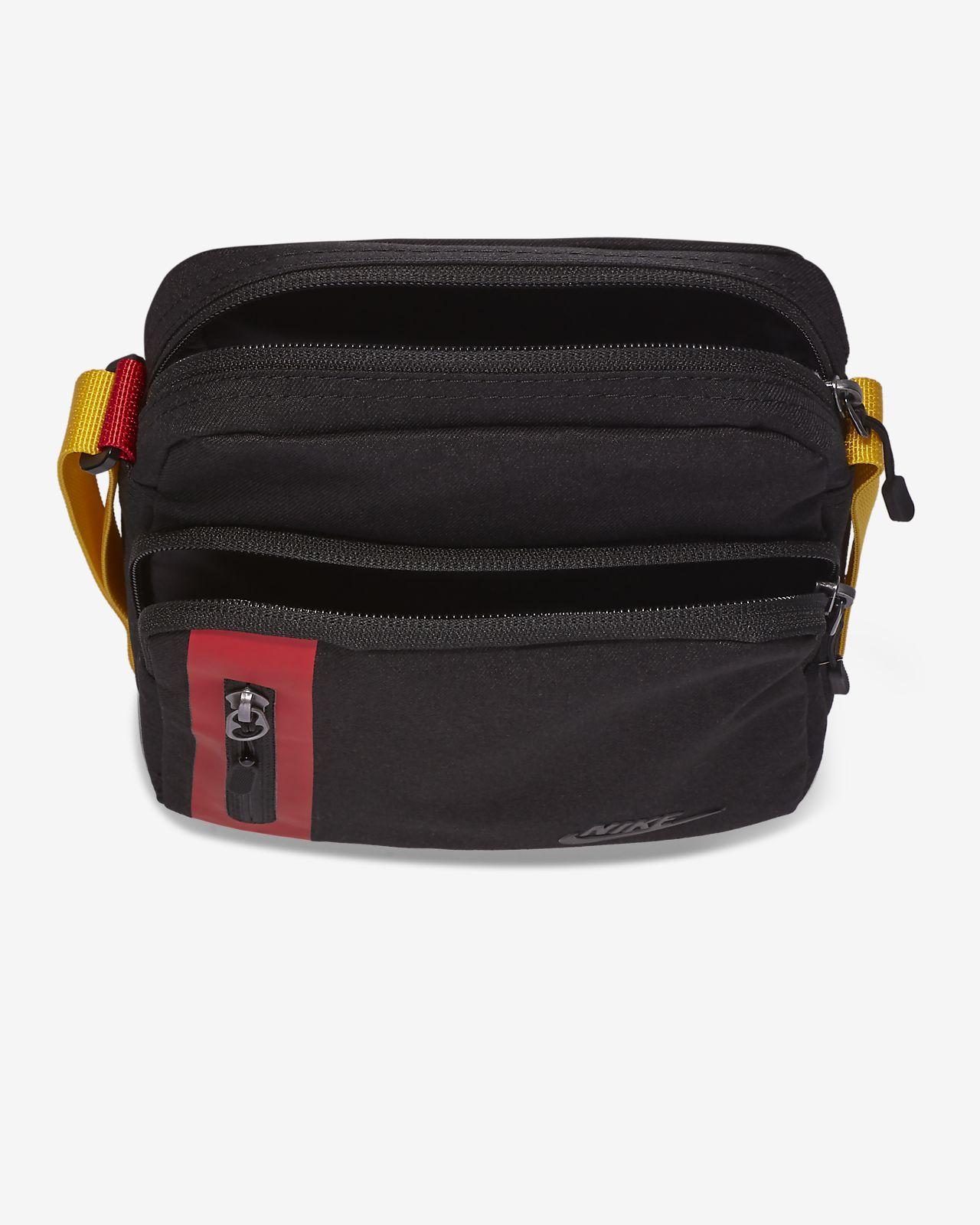 free shipping 7ec96 9c39a Nike Core Small Items 3.0