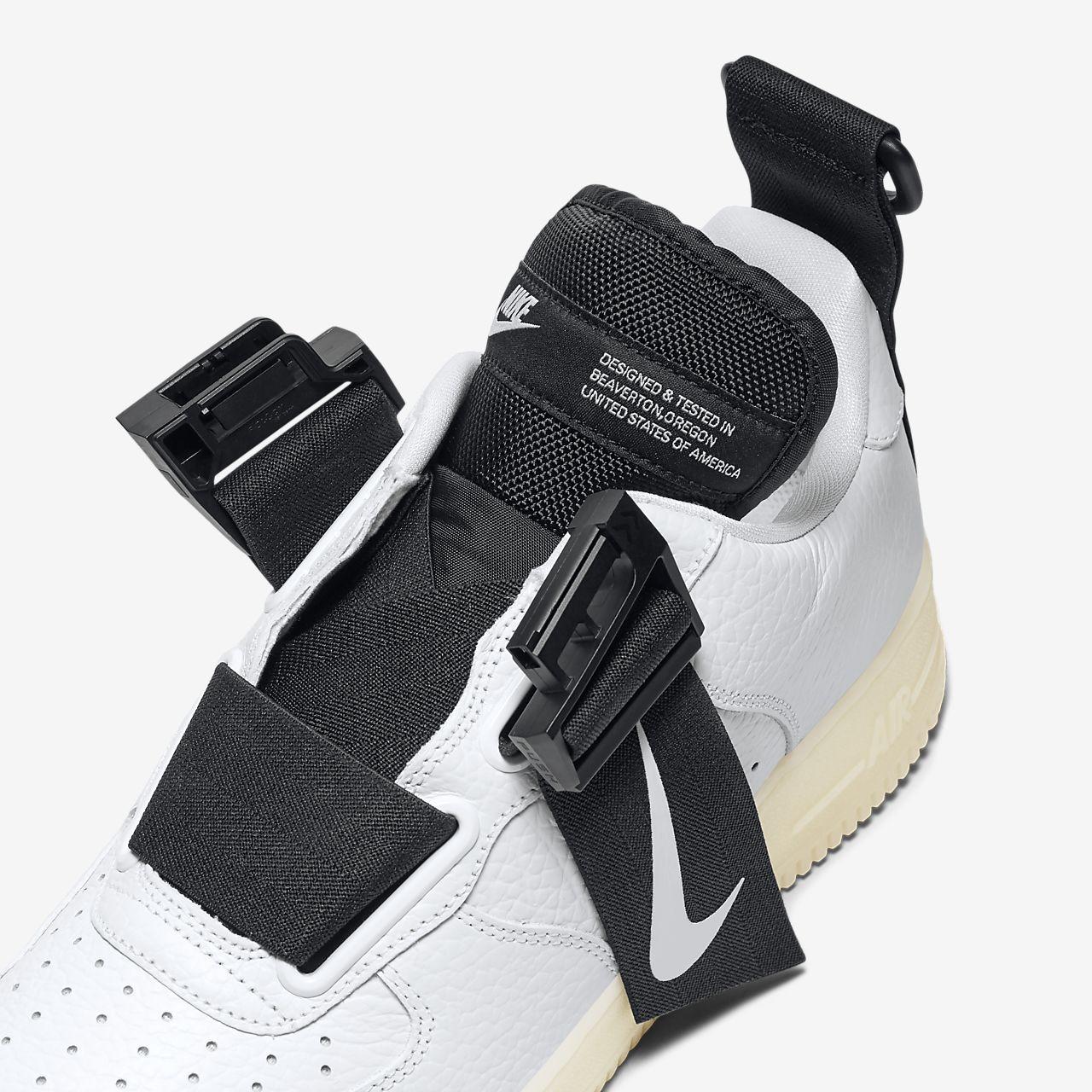 8b17570d4c3 Nike Air Force 1 Utility QS Men s Shoe. Nike.com ID