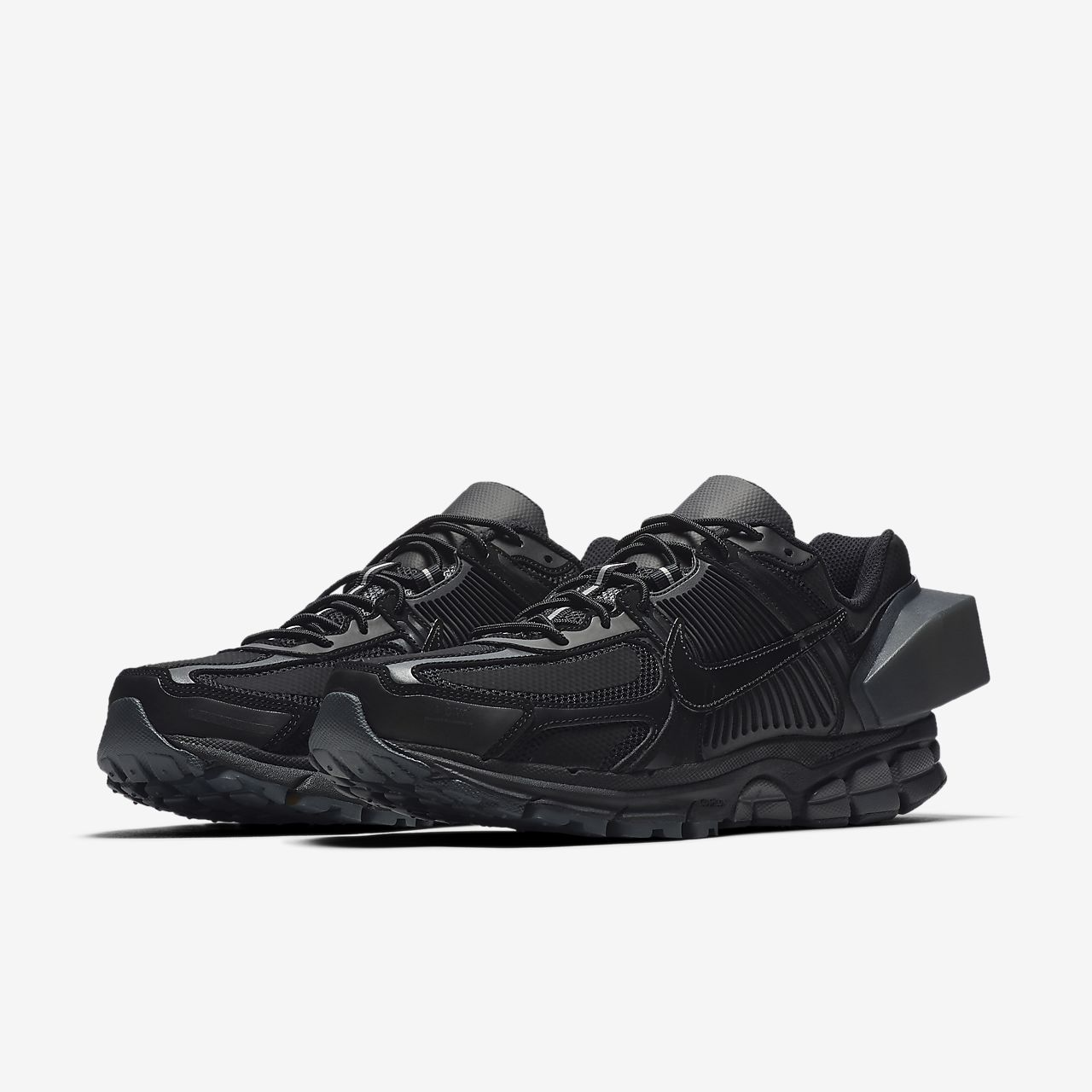 size 40 5d446 5a14d ... Nike x A-COLD-WALL Zoom Vomero +5 Schoen