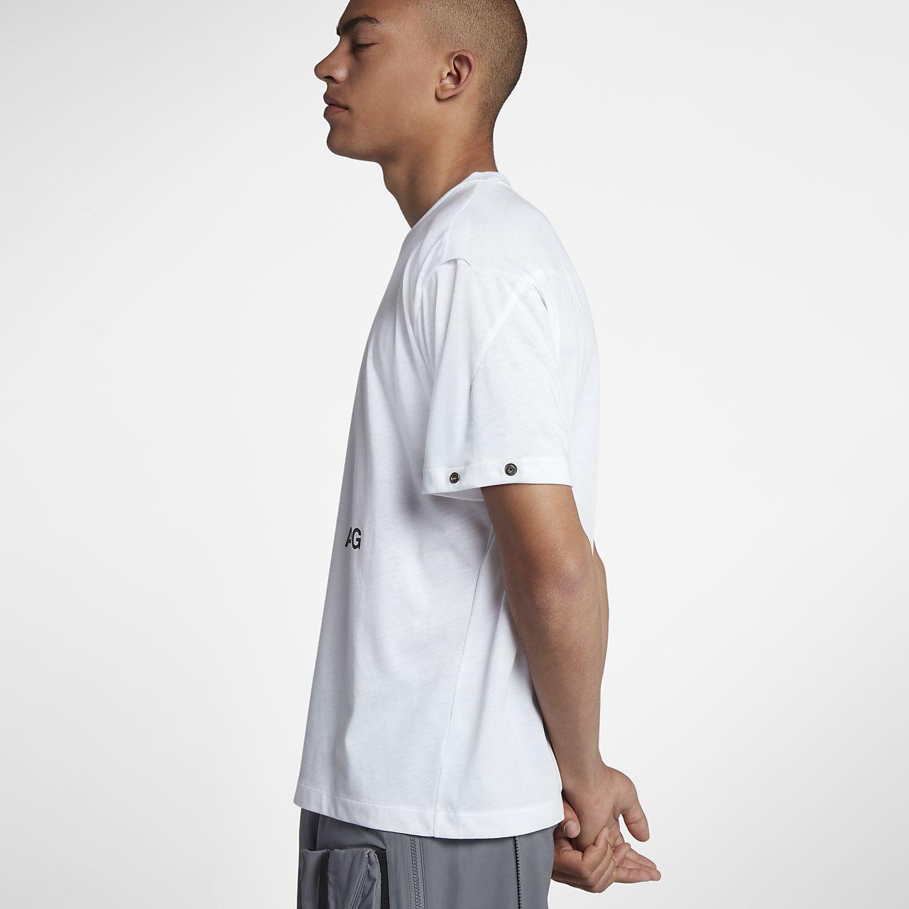 779d8442 NikeLab ACG Variable Men's T-Shirt. Nike.com ID