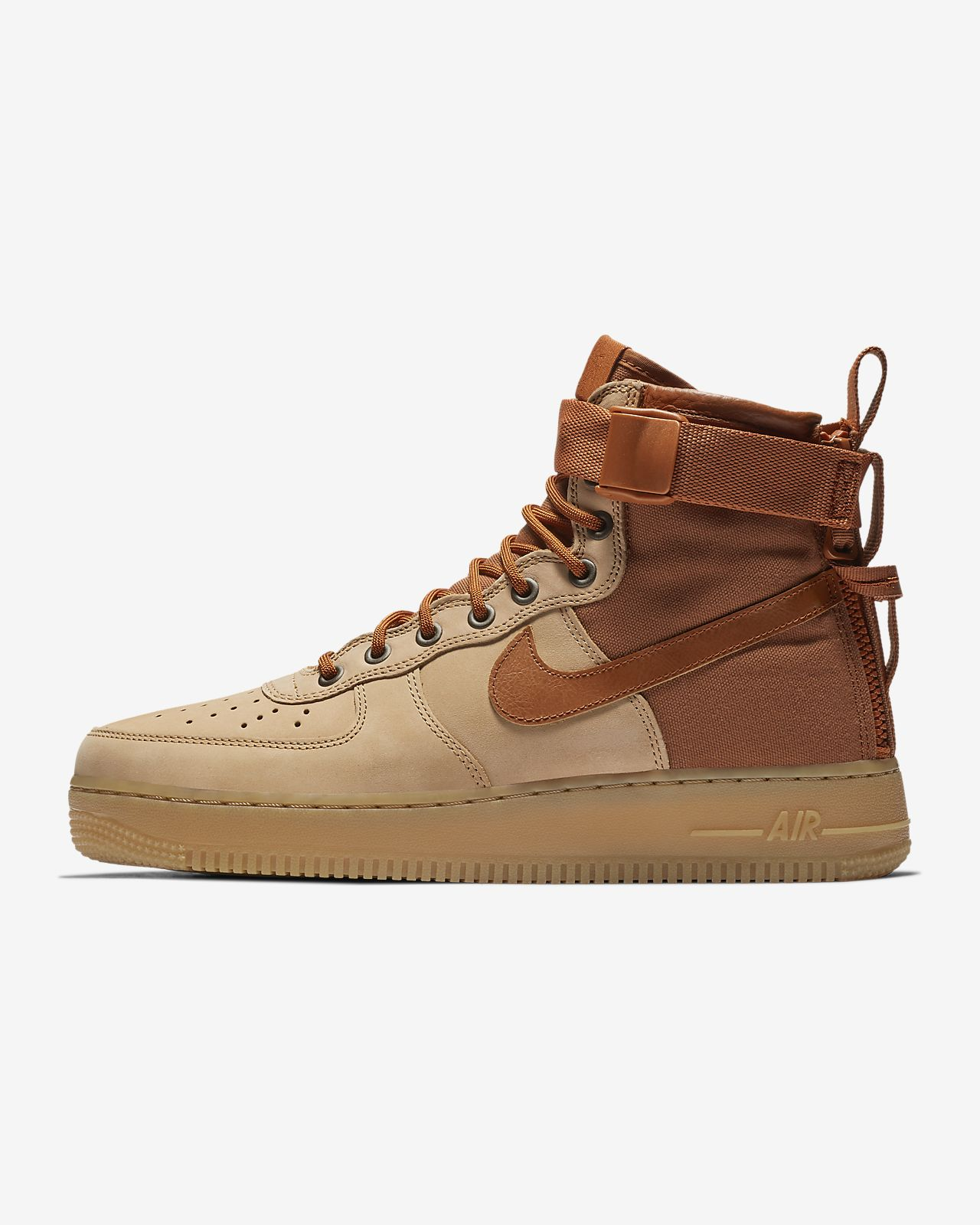 buy popular 7c0a4 adf3c ... Chaussure Nike SF Air Force 1 Mid Premium pour Homme