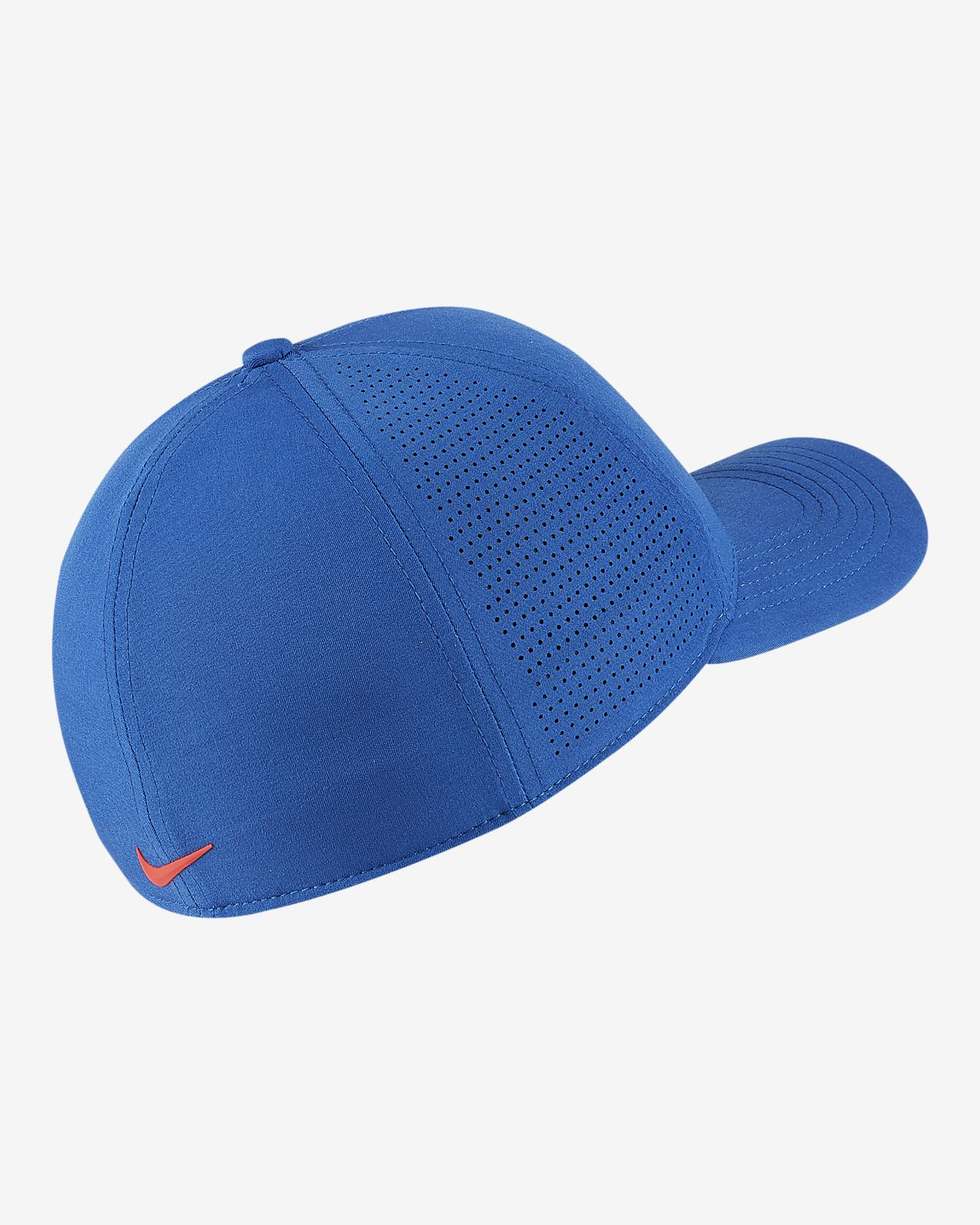 adfba54c1231e Nike AeroBill Classic 99 Fitted Golf Hat