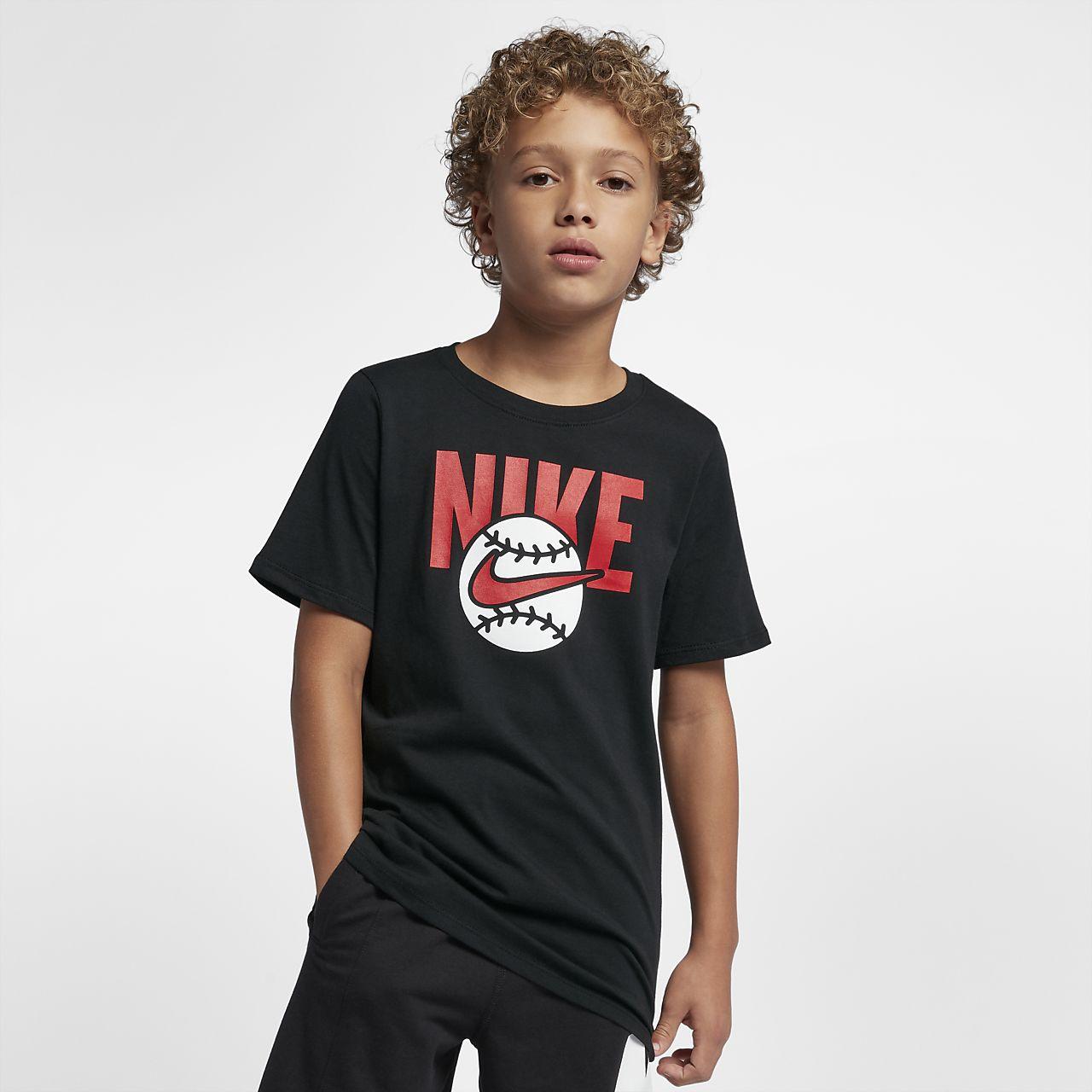 67c305dfb7e Nike Sportswear Big Kids  (Boys ) T-Shirt. Nike.com